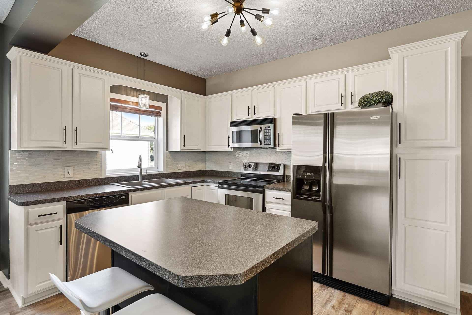 View 32 photos of this 2 bed, 2 bath, and 1,436 sqft. condo home located at 12154 Yancy St NE Unit D, Blaine, Minnesota 55449 is Active for $262,000.