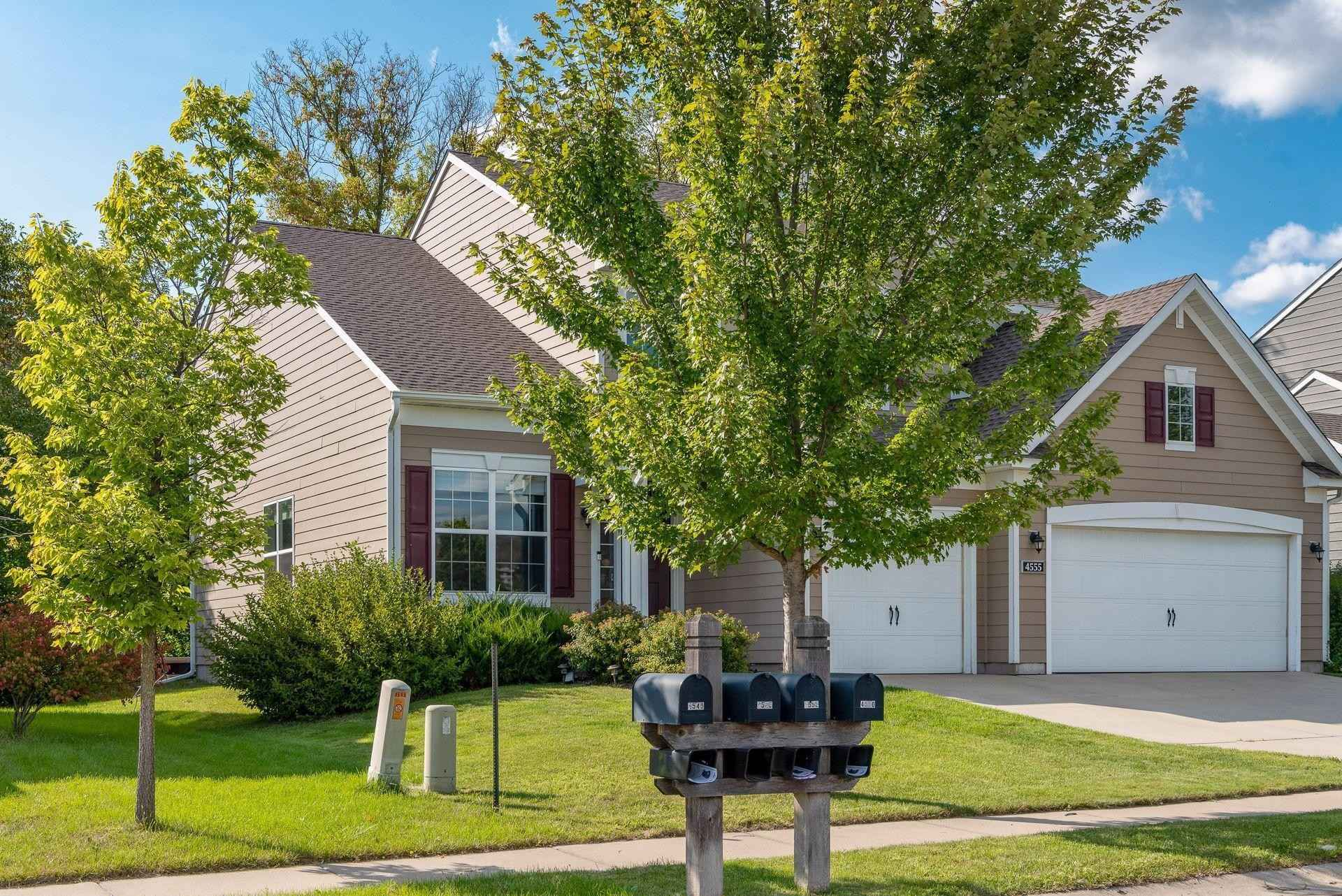 View 38 photos of this 4 bed, 3 bath, and 3,295 sqft. single_family home located at 4555 Yellowstone Ln N, Plymouth, Minnesota 55446 is Active for $659,000.