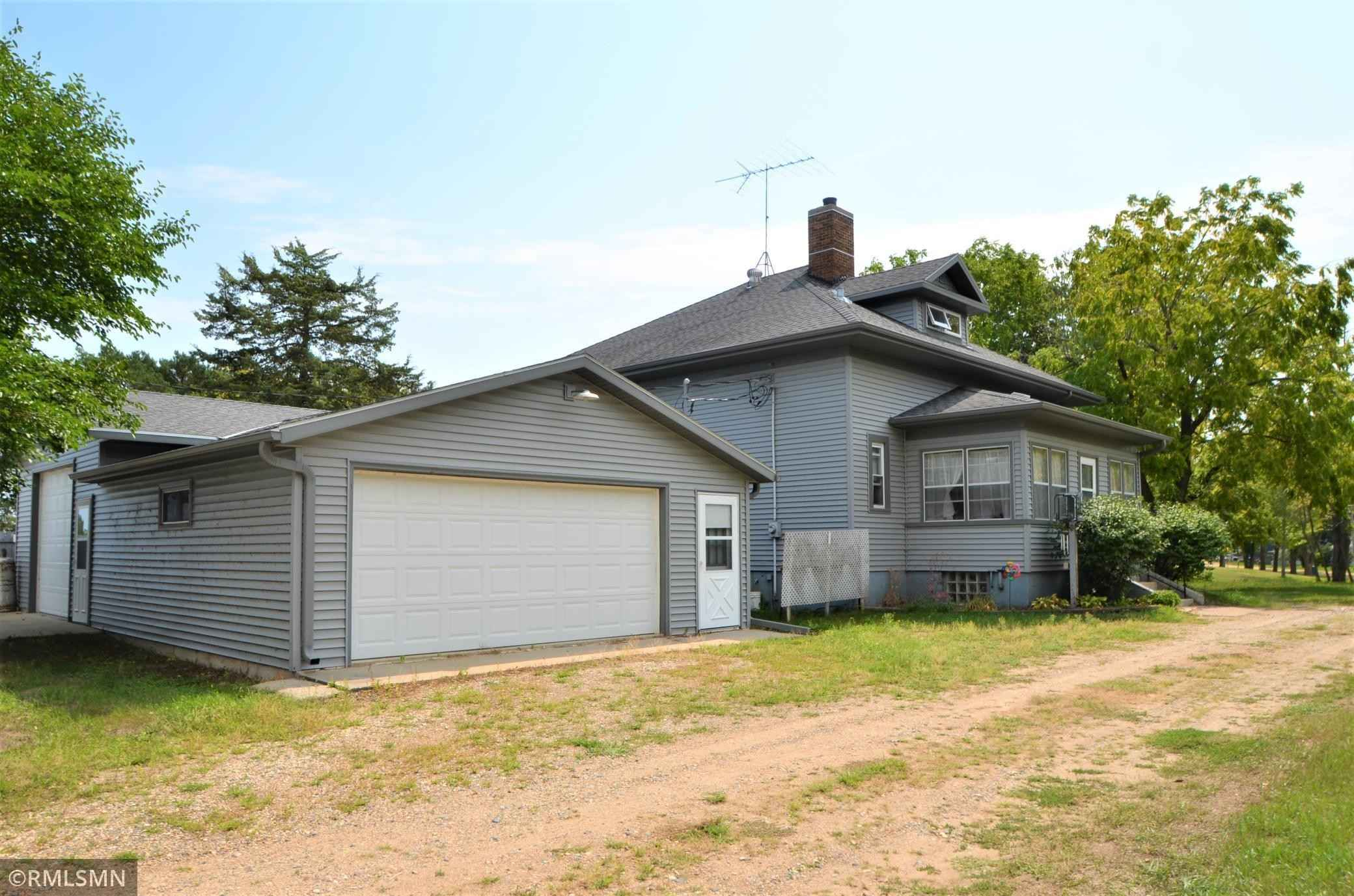 View 25 photos of this 3 bed, 1 bath, and 2,528 sqft. single_family home located at 62269 205th St, Litchfield, Minnesota 55355 is Active for $229,900.