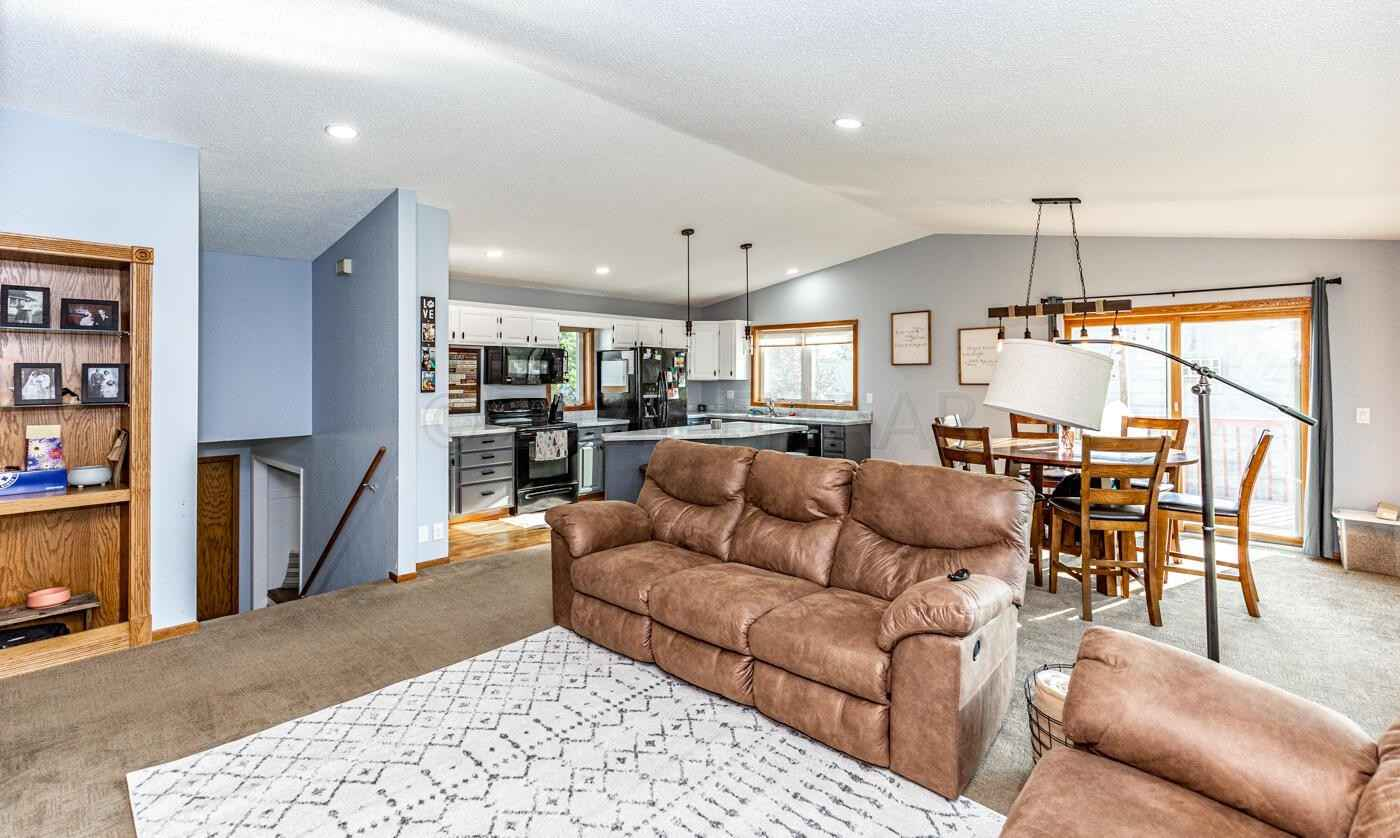 View 31 photos of this 3 bed, 2 bath, and 2,118 sqft. single_family home located at 2933 Heatherwood Cir S, Moorhead, Minnesota 56560 is Inspection for $248,900.