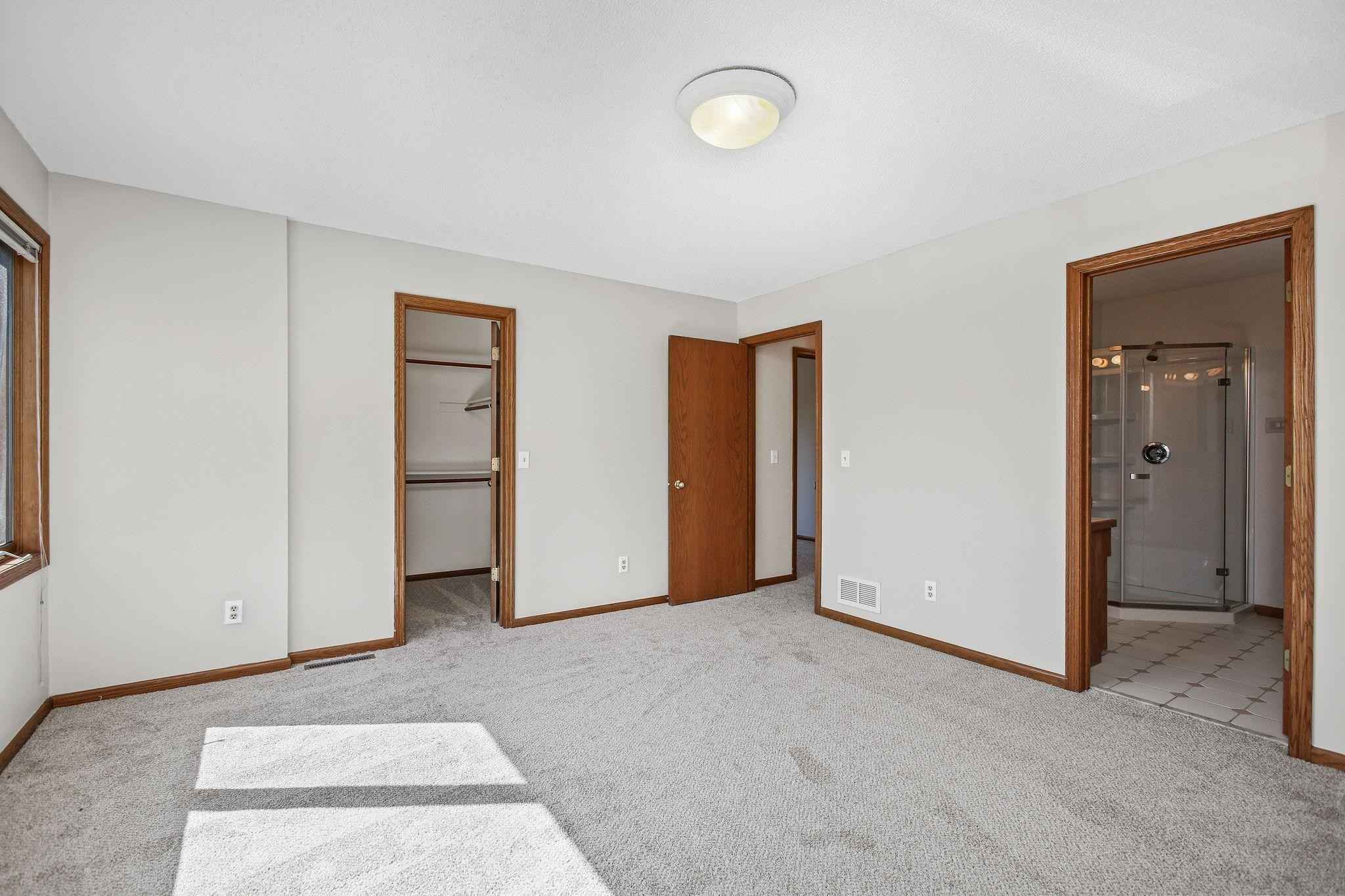 View 25 photos of this 3 bed, 2 bath, and 1,710 sqft. condo home located at 13520 Cedar Ave, Apple Valley, Minnesota 55124 is Pending for $285,000.