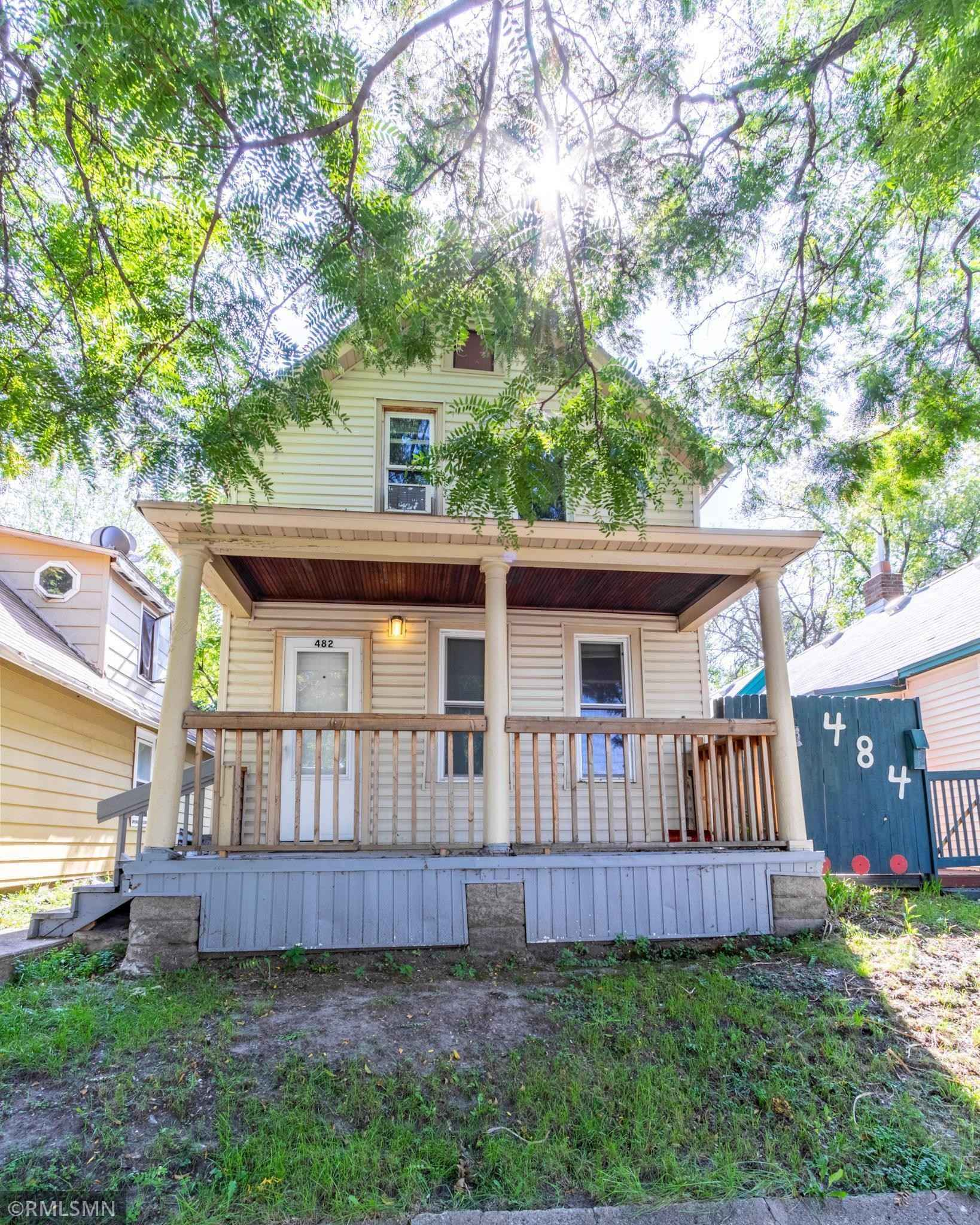 View 17 photos of this 4 bed, 1 bath, and 1,200 sqft. single_family home located at 482 Lawson Ave W, Saint Paul, Minnesota 55117 is Active for $180,000.