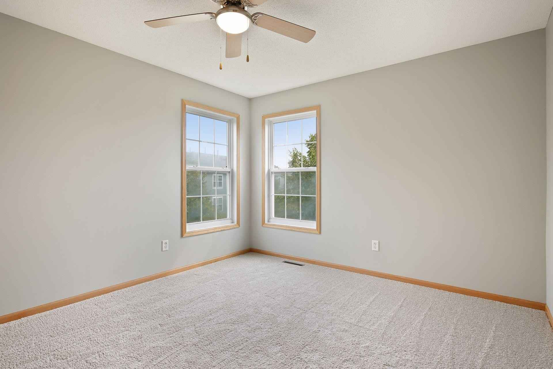 View 36 photos of this 4 bed, 4 bath, and 2,367 sqft. condo home located at 1403 Coneflower Ln, Shakopee, Minnesota 55379 is Active for $325,000.