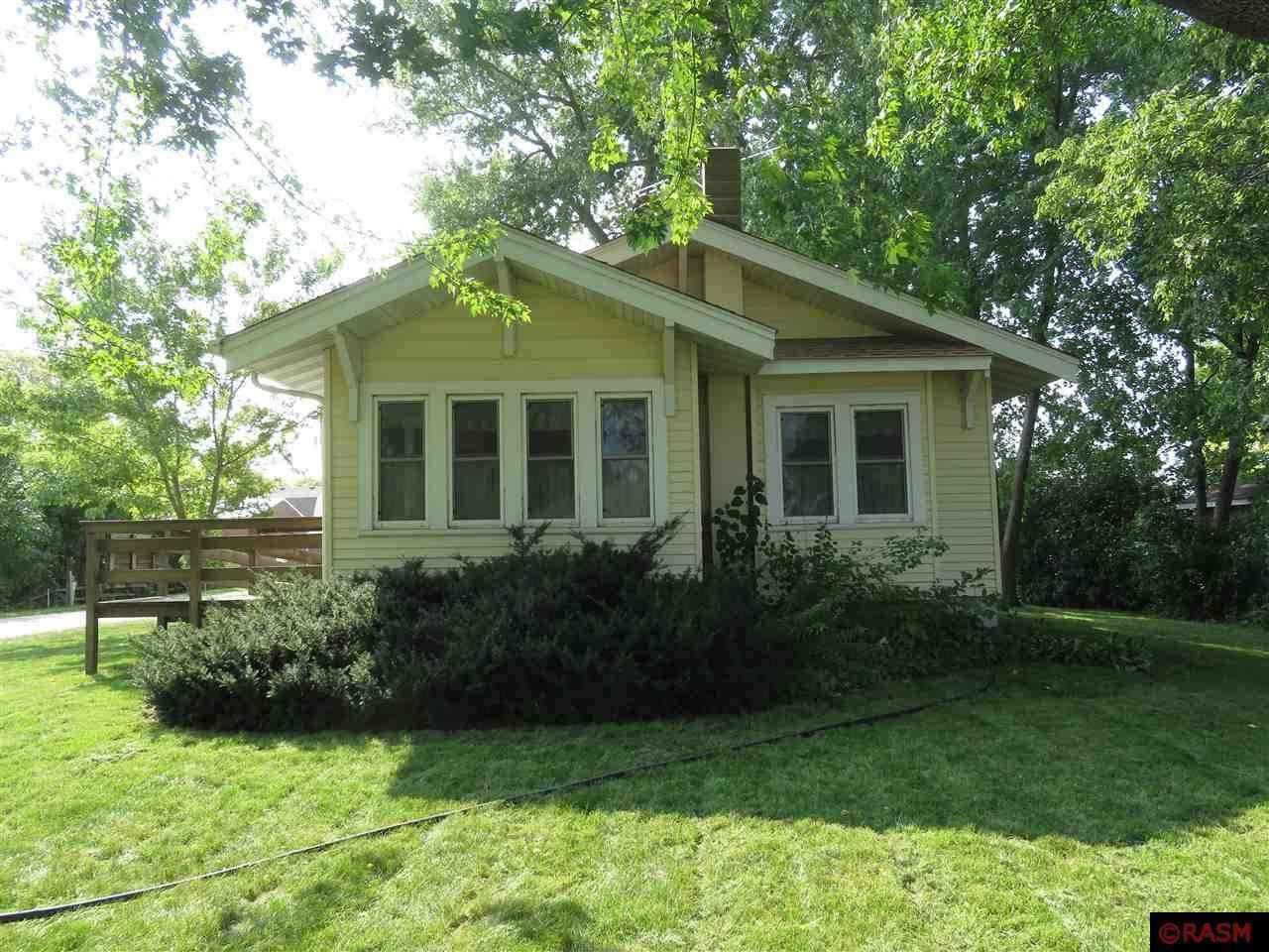View 17 photos of this 2 bed, 2 bath, and 1,612 sqft. single_family home located at 200 Main St, Nicollet, Minnesota 56074 is Active for $125,000.