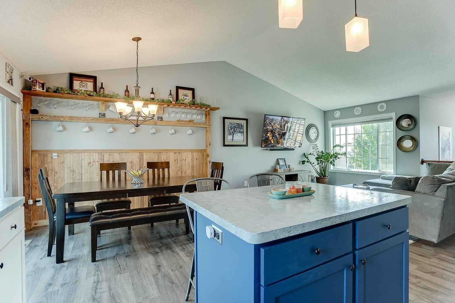 View 53 photos of this 3 bed, 2 bath, and 1,835 sqft. single_family home located at 7326 Lander Ave NE, Otsego, Minnesota 55301 is Active for $350,000.