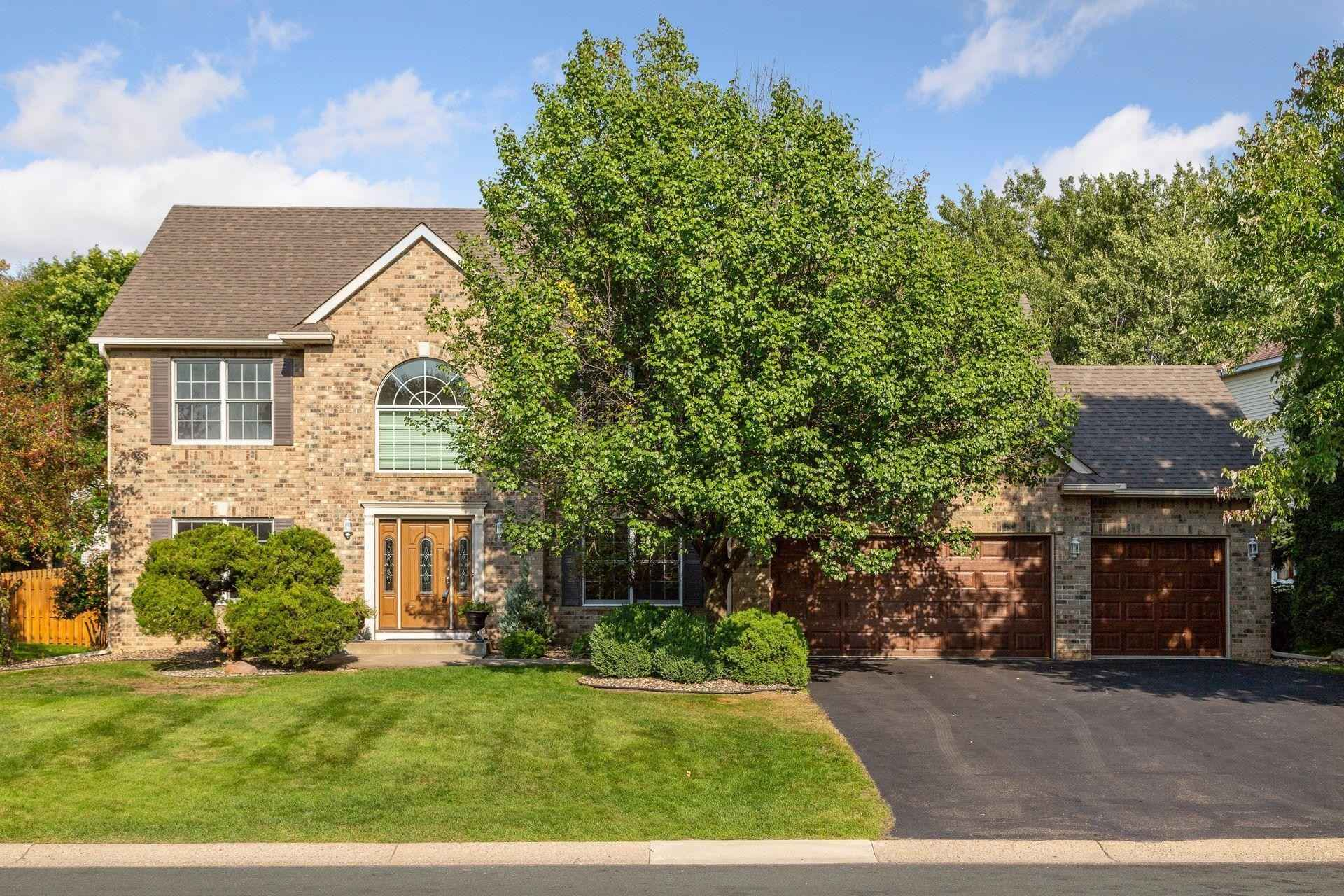 View 54 photos of this 5 bed, 4 bath, and 3,896 sqft. single_family home located at 3856 N Ridge Dr, Eagan, Minnesota 55123 is Active for $639,900.