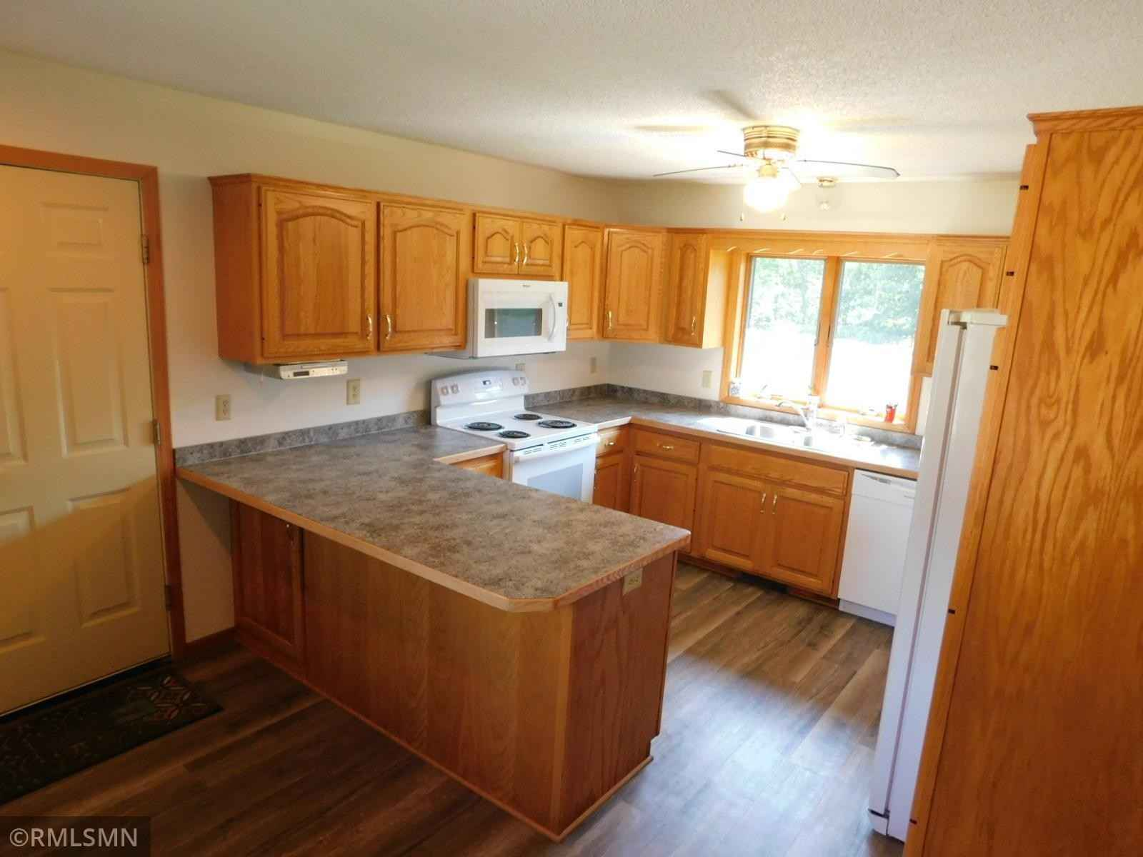 View 29 photos of this 3 bed, 2 bath, and 1,738 sqft. single_family home located at 3140 Sullivan Wood Trl NW, Isanti, Minnesota 55040 is Pending for $459,900.
