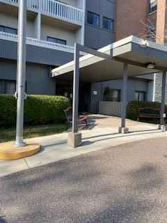 View 9 photos of this 2 bed, 1 bath, and 870 sqft. condo home located at 311 Pleasant Ave Apt 512, Saint Paul, Minnesota 55102 is Active for $145,000.