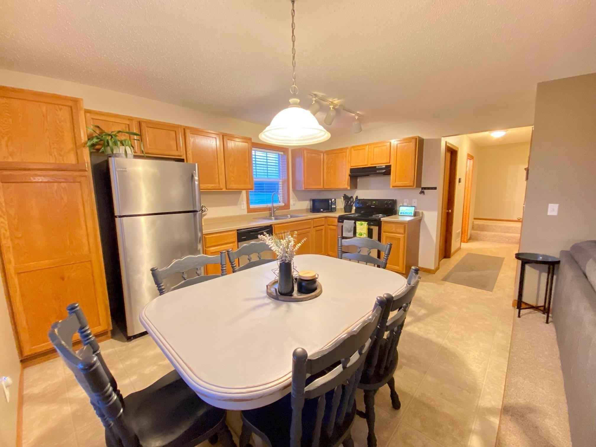 View 14 photos of this 3 bed, 2 bath, and 1,397 sqft. condo home located at 25548 Pine Ridge Rd, Zimmerman, Minnesota 55398 is Pending for $199,900.