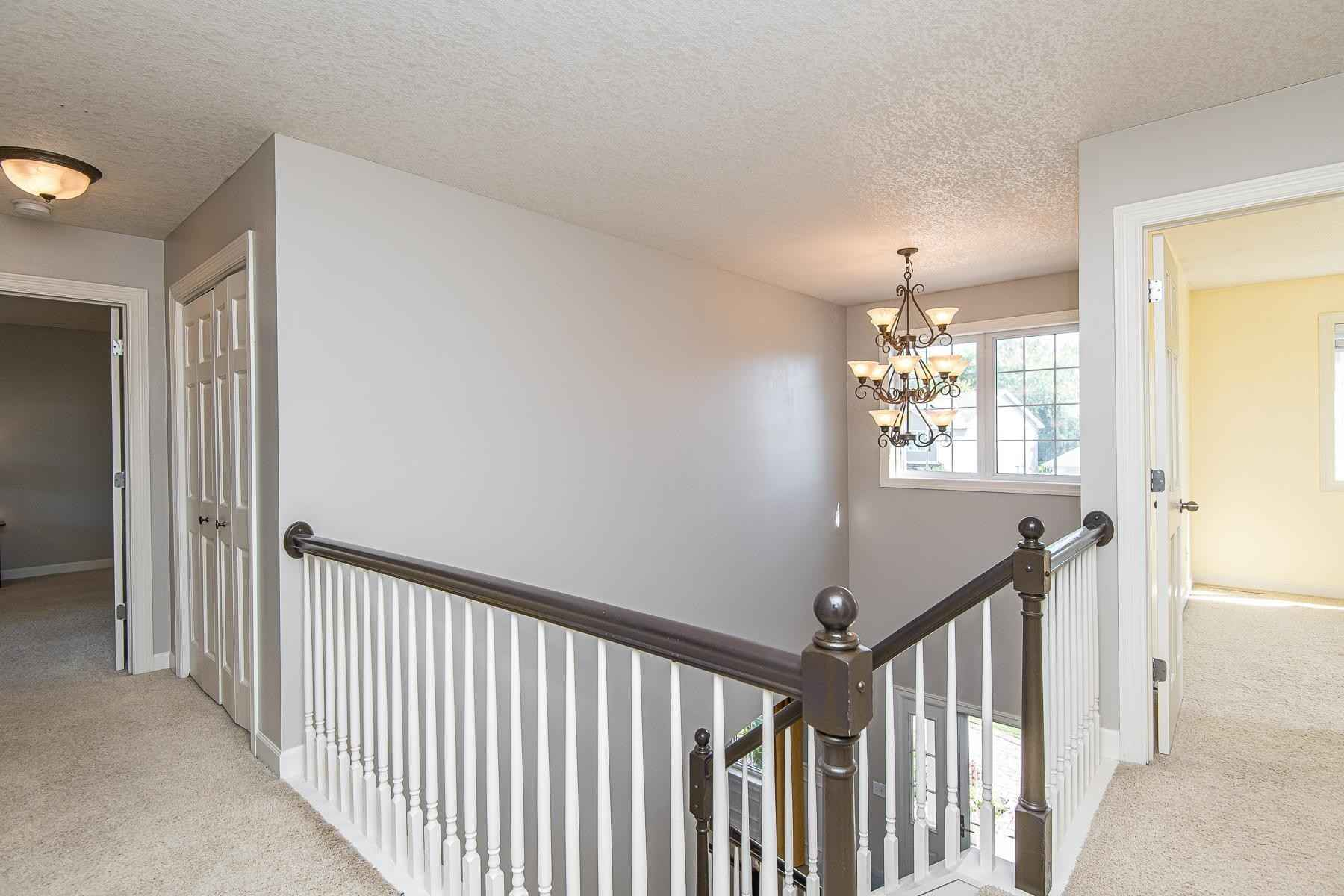 View 59 photos of this 5 bed, 4 bath, and 3,742 sqft. single_family home located at 6165 Shetland Dr NW, Rochester, Minnesota 55901 is Pending for $469,900.