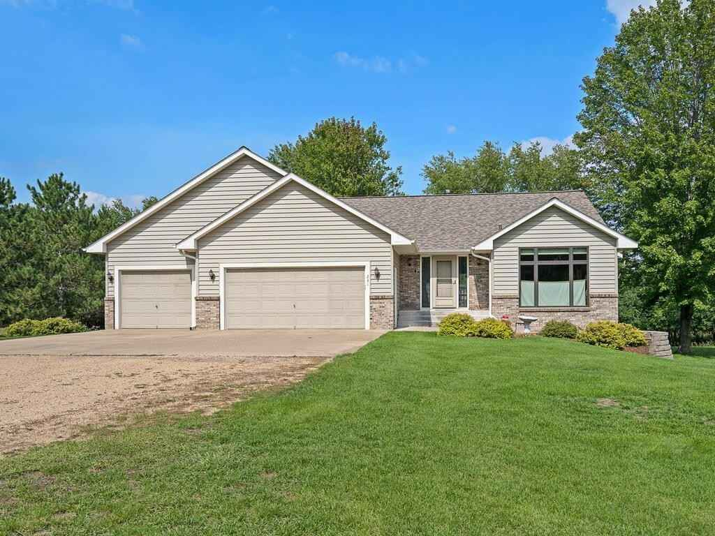 View 39 photos of this 3 bed, 3 bath, and 2,878 sqft. single_family home located at 231 132nd Ave NE, Blaine, Minnesota 55434 is Pending for $439,700.