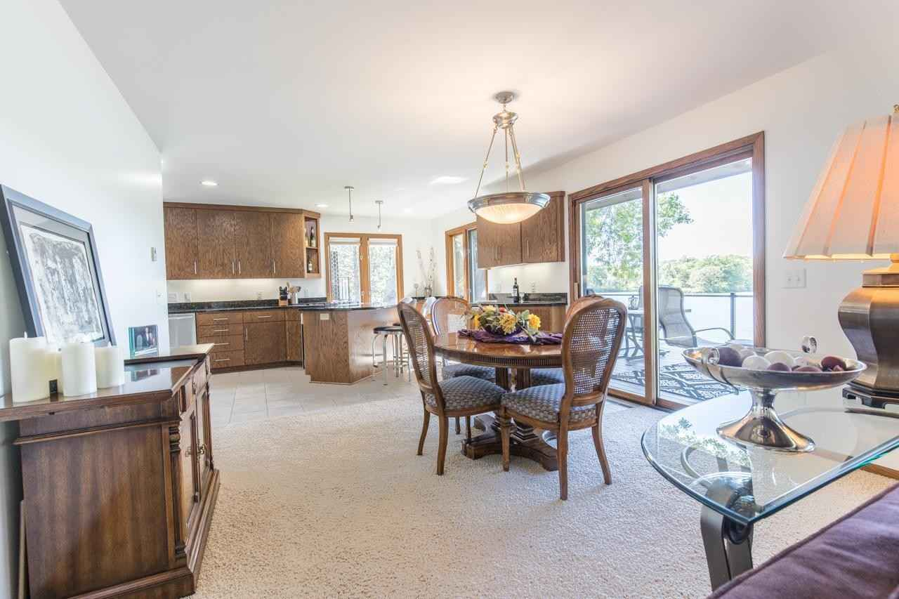 View 52 photos of this 5 bed, 3 bath, and 3,156 sqft. single_family home located at 2919 Silver Lake Ct NE, Saint Anthony, Minnesota 55421 is Active for $879,900.