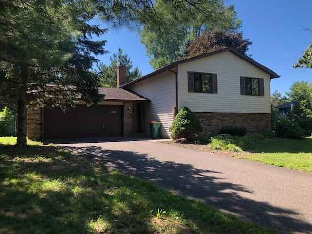 View 23 photos of this 3 bed, 2 bath, and 1,760 sqft. single_family home located at 255 Hallam Curv, Mahtomedi, Minnesota 55115 is Pending for $279,900.