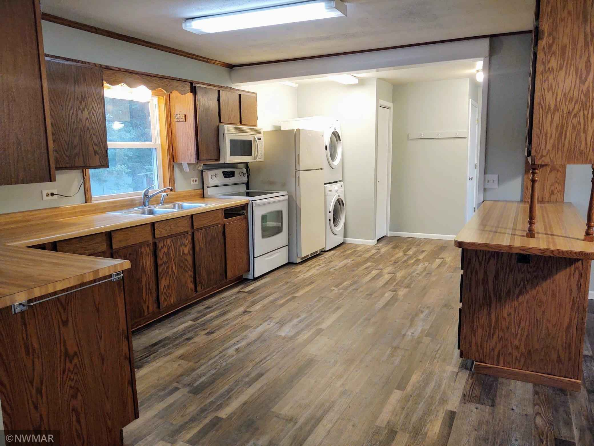 View 22 photos of this 2 bed, 1 bath, and 1,114 sqft. single_family home located at 30032 Us 71, Park Rapids, Minnesota 56470 is Active for $124,900.