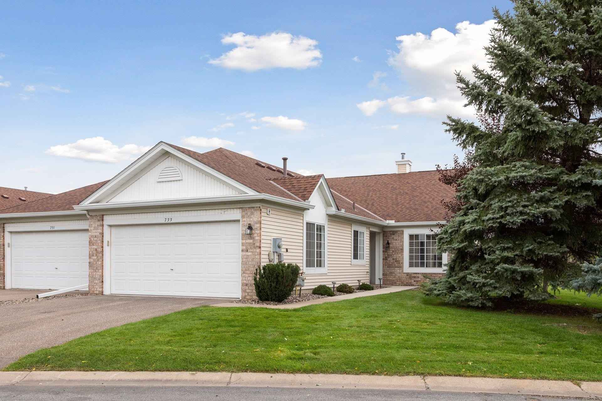 View 33 photos of this 2 bed, 2 bath, and 1,474 sqft. condo home located at 733 Markgrafs Lake Draw, Woodbury, Minnesota 55129 is Active for $375,000.
