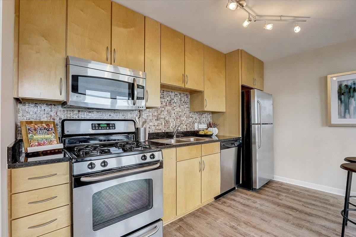 View 30 photos of this 1 bed, 1 bath, and 680 sqft. condo home located at 929 Portland Ave Apt 1208, Minneapolis, Minnesota 55404 is Active for $217,900.