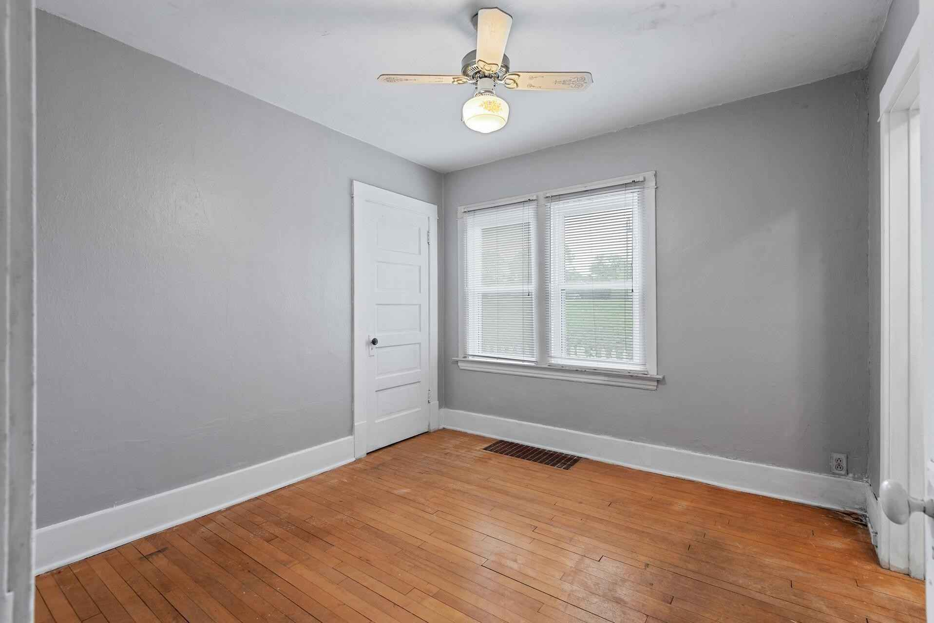 View 19 photos of this 2 bed, 1 bath, and 668 sqft. single_family home located at 310 Riverside Dr SE, Saint Cloud, Minnesota 56304 is Active for $119,900.