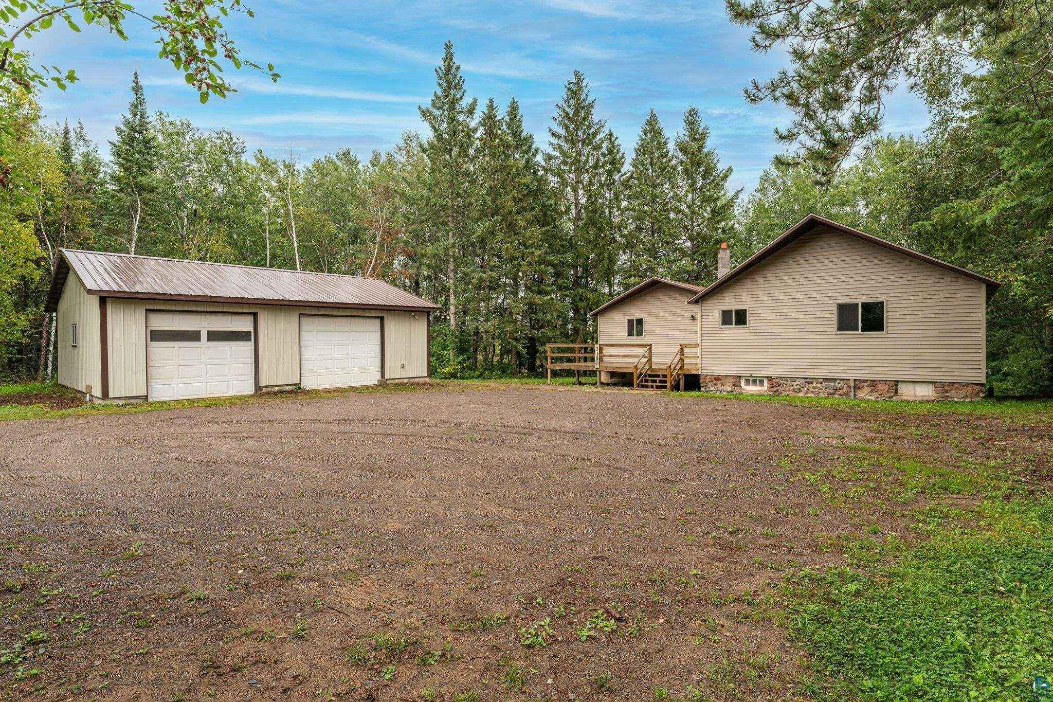 View 32 photos of this 2 bed, 1 bath, and 1,200 sqft. single_family home located at 1350 Highway 73, Cromwell, Minnesota 55726 is PENDING for $149,900.