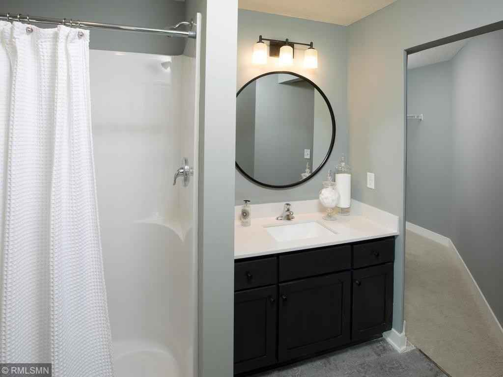 View 40 photos of this 5 bed, 5 bath, and 3,941 sqft. single_family home located at 9633 W Wind Cir, Woodbury, Minnesota 55129 is Active for $759,727.