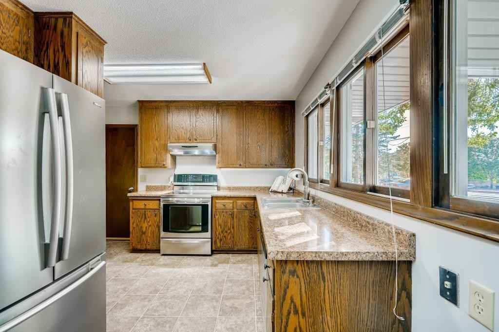 View 28 photos of this 4 bed, 2 bath, and 2,406 sqft. condo home located at 5620 W 78th St, Edina, Minnesota 55439 is Active for $330,000.