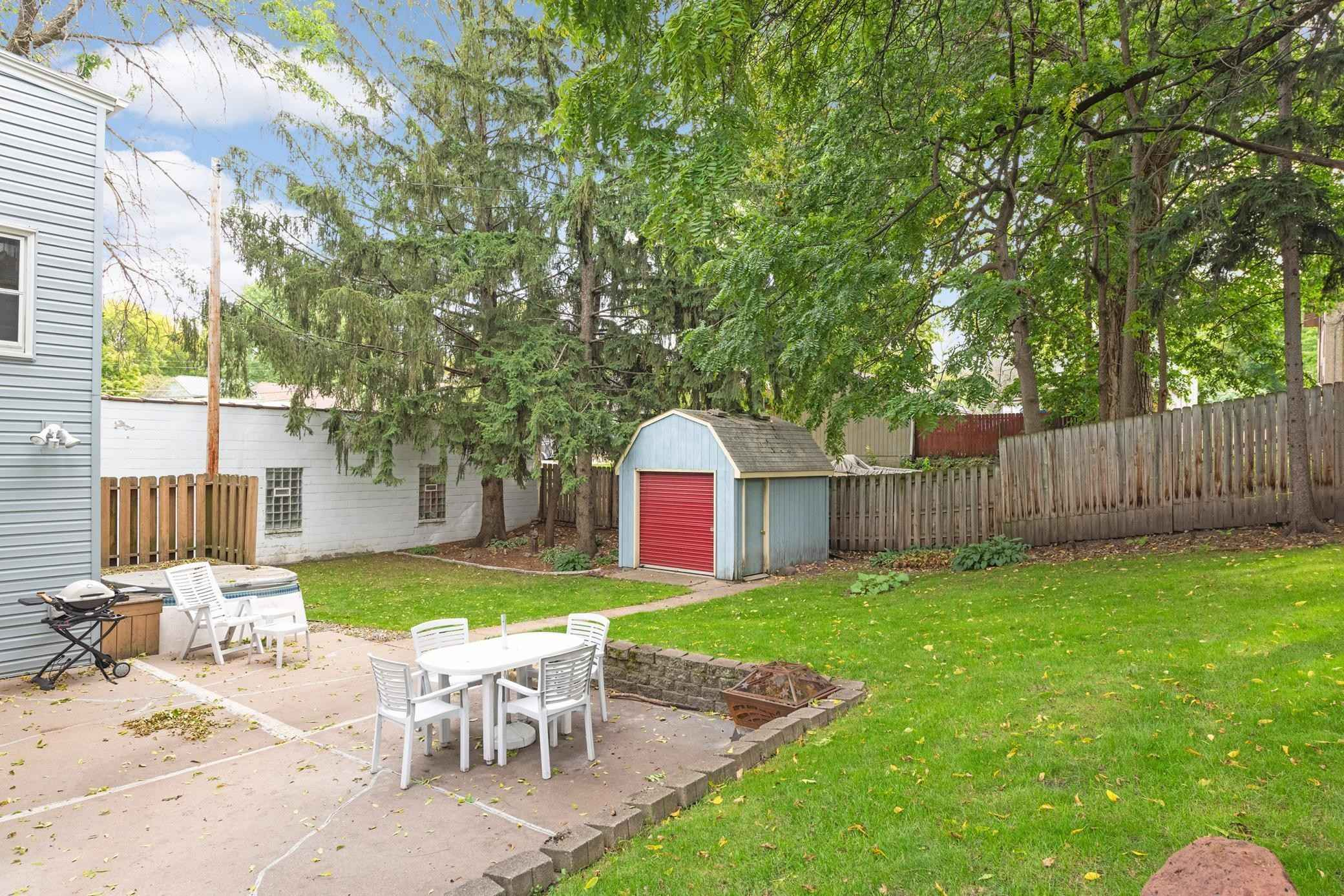 View 34 photos of this 5 bed, 2 bath, and 2,678 sqft. multi_family home located at 302 Robie St W, Saint Paul, Minnesota 55107 is Active for $499,999.