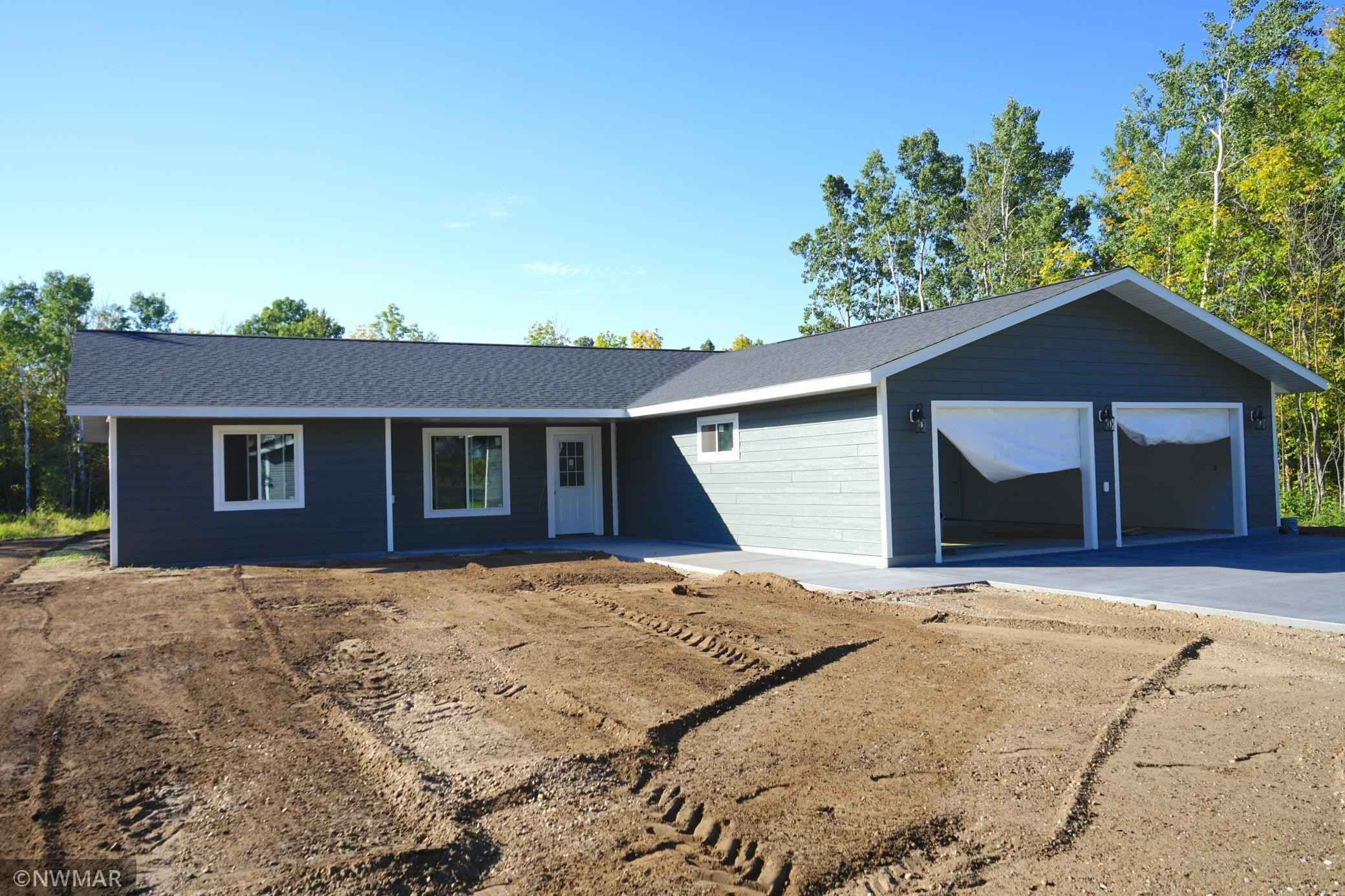 View 3 photos of this 3 bed, 2 bath, and 1,456 sqft. single_family home located at 423 Spruce St, Badger, Minnesota 56714 is Active for $298,000.