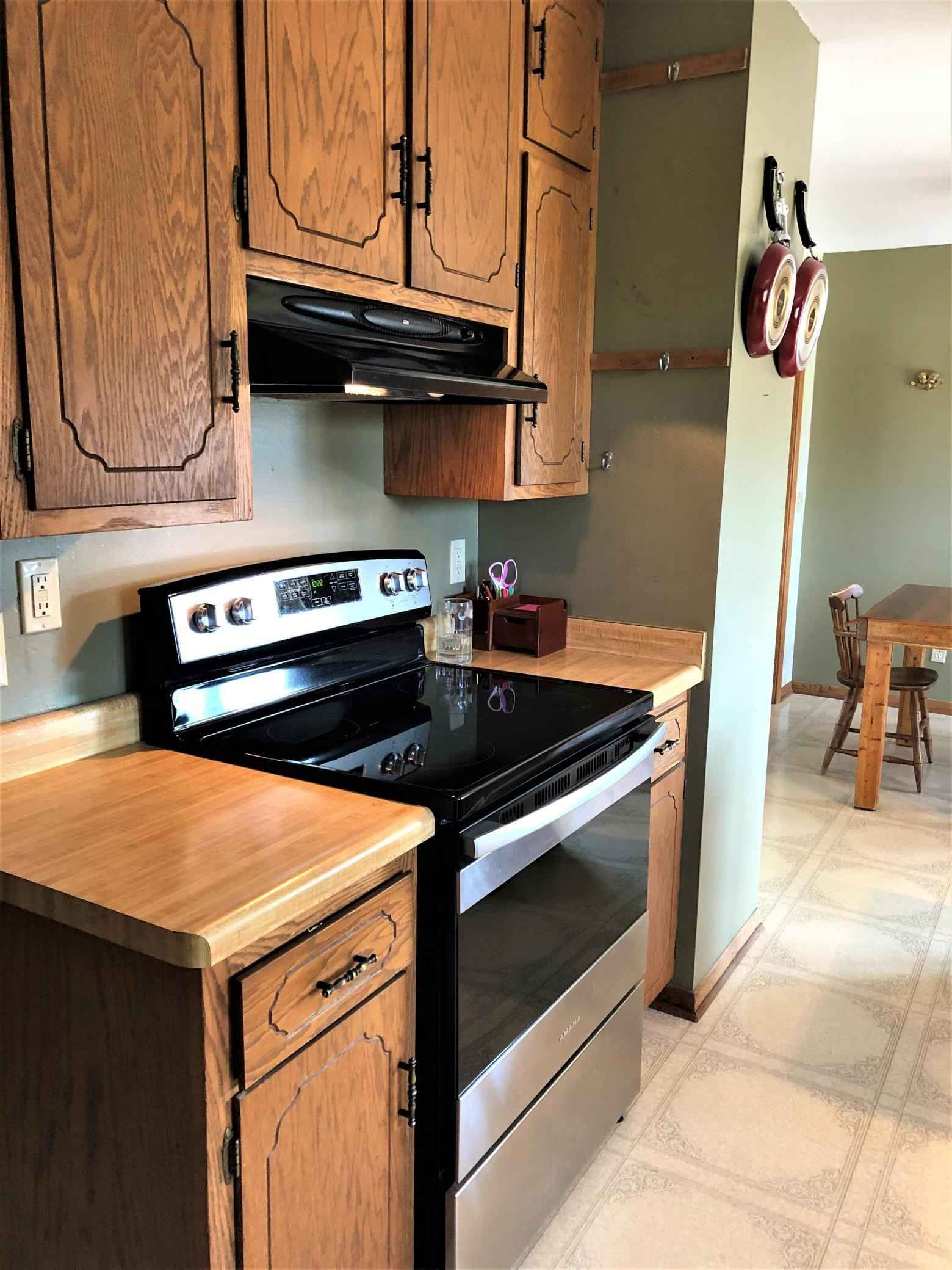 View 44 photos of this 4 bed, 3 bath, and 2,544 sqft. single_family home located at 845 3rd Ave NW, Plainview, Minnesota 55964 is Active for $260,000.