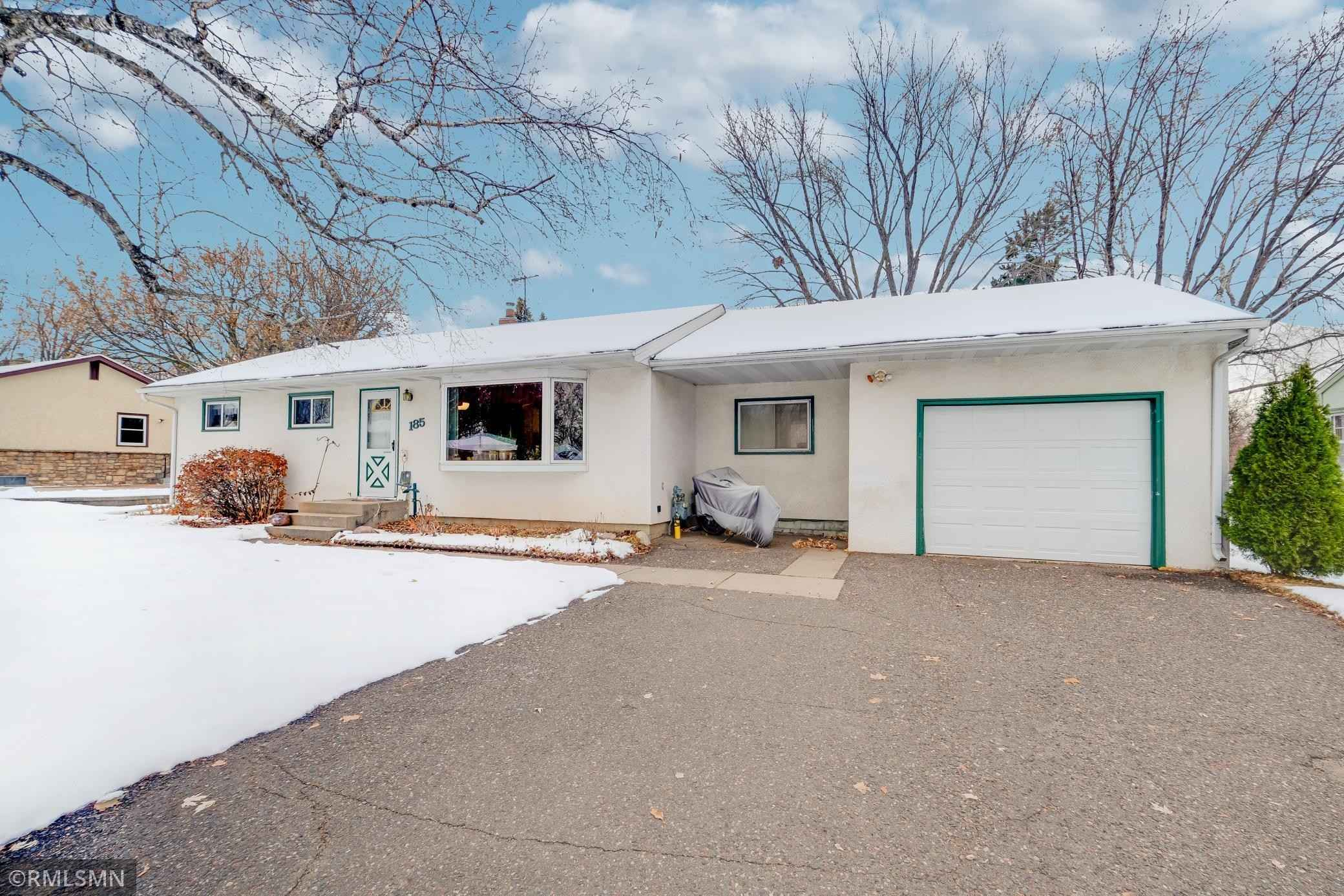 View 33 photos of this 3 bed, 1 bath, and 990 sqft. single_family home located at 185 Summer Ave, Maplewood, Minnesota 55117 is Active for $249,900.