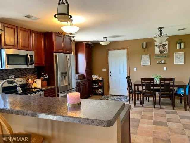 View 19 photos of this 3 bed, 2 bath, and 1,904 sqft. single_family home located at 34926 Rock Ridge Rd, Shevlin, Minnesota 56676 is Active for $254,900.