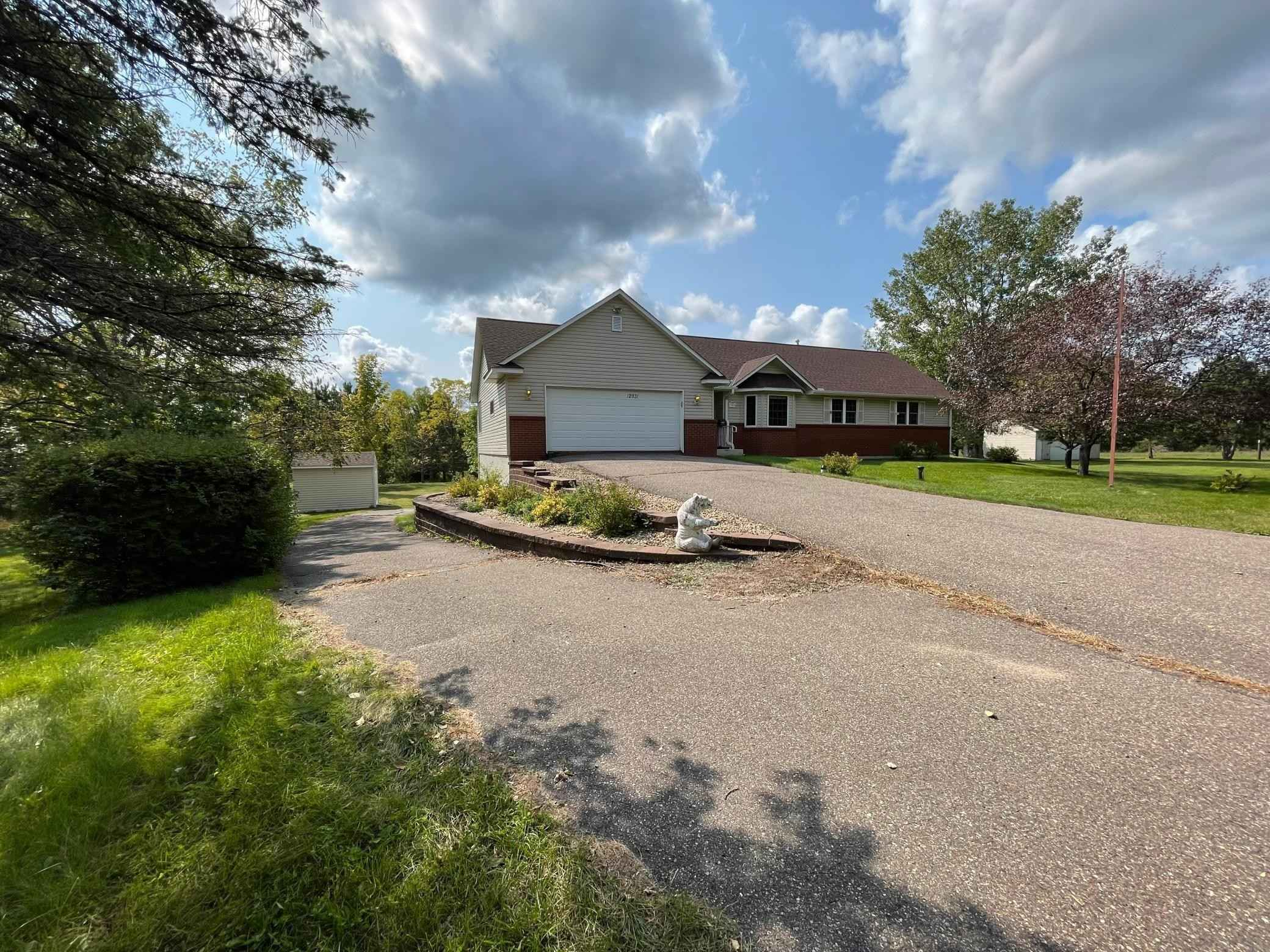 View 13 photos of this 3 bed, 2 bath, and 1,250 sqft. single_family home located at 12931 170th St N, Marine on Saint Croix, Minnesota 55047 is Active for $439,000.