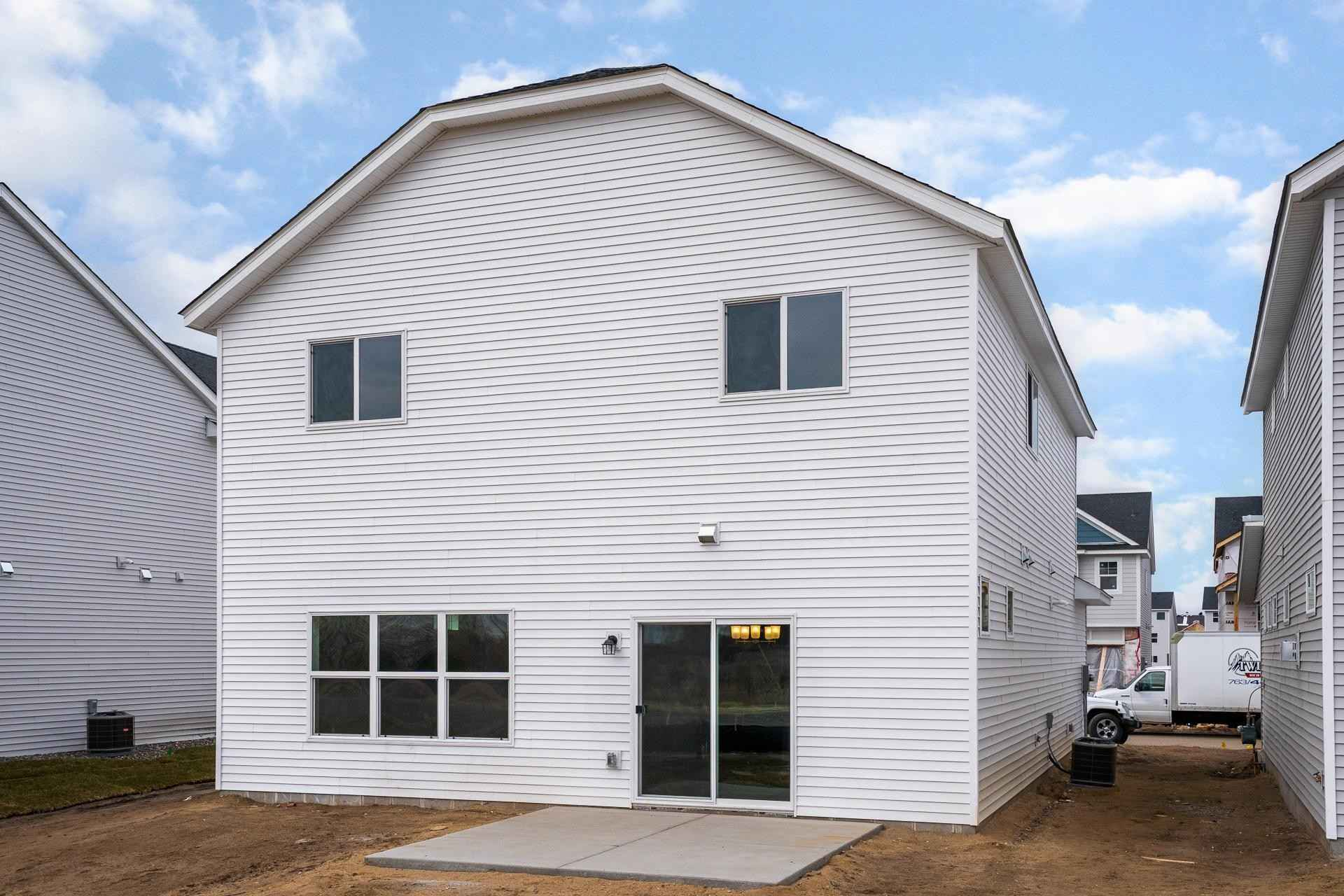 View 29 photos of this 3 bed, 3 bath, and 2,040 sqft. single_family home located at 10129 Mississippi Dunes Blvd, Cottage Grove, Minnesota 55016 is Active for $368,900.