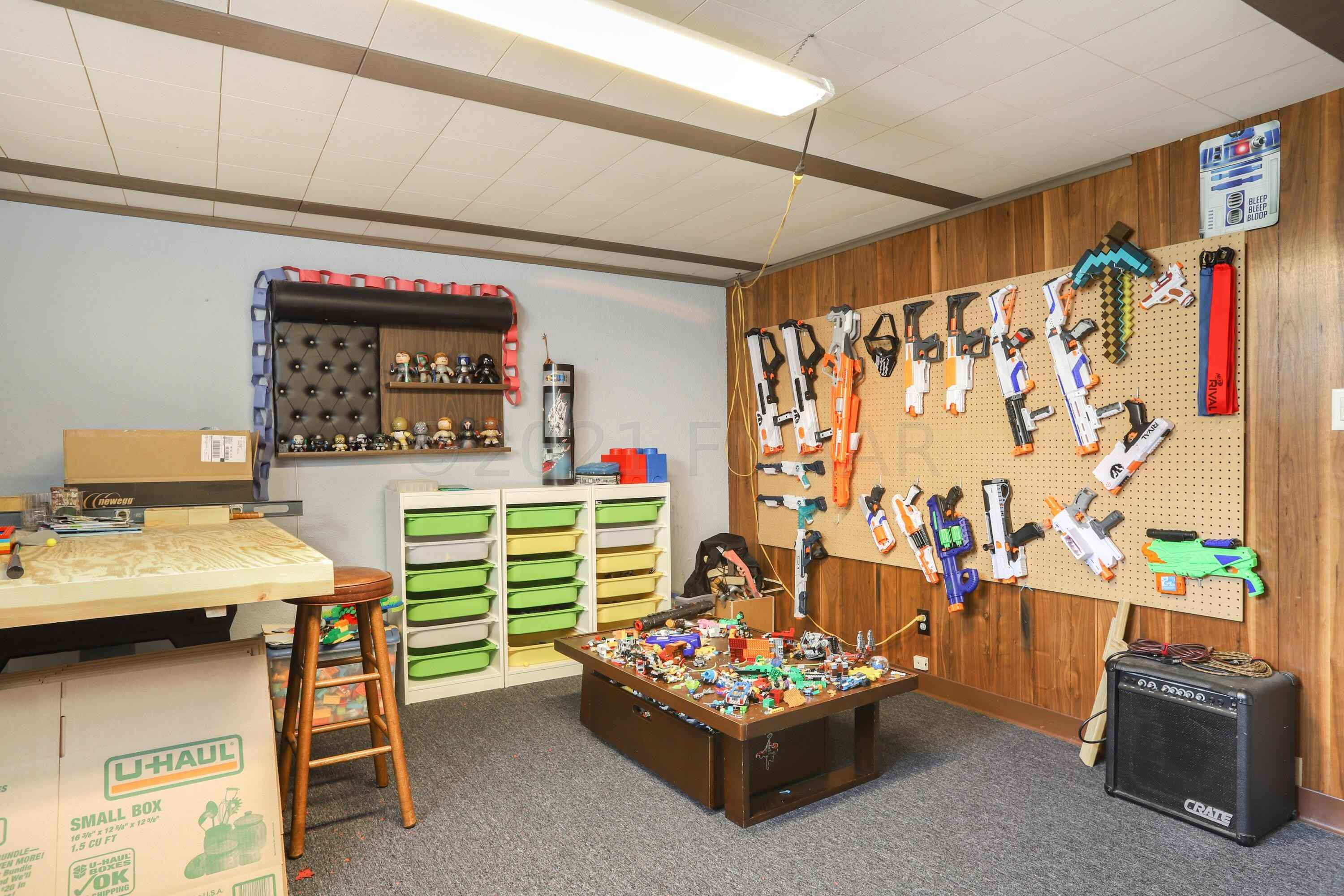 View 31 photos of this 3 bed, 2 bath, and 2,660 sqft. single_family home located at 1410 21st Ave S, Moorhead, Minnesota 56560 is Inspection for $240,000.
