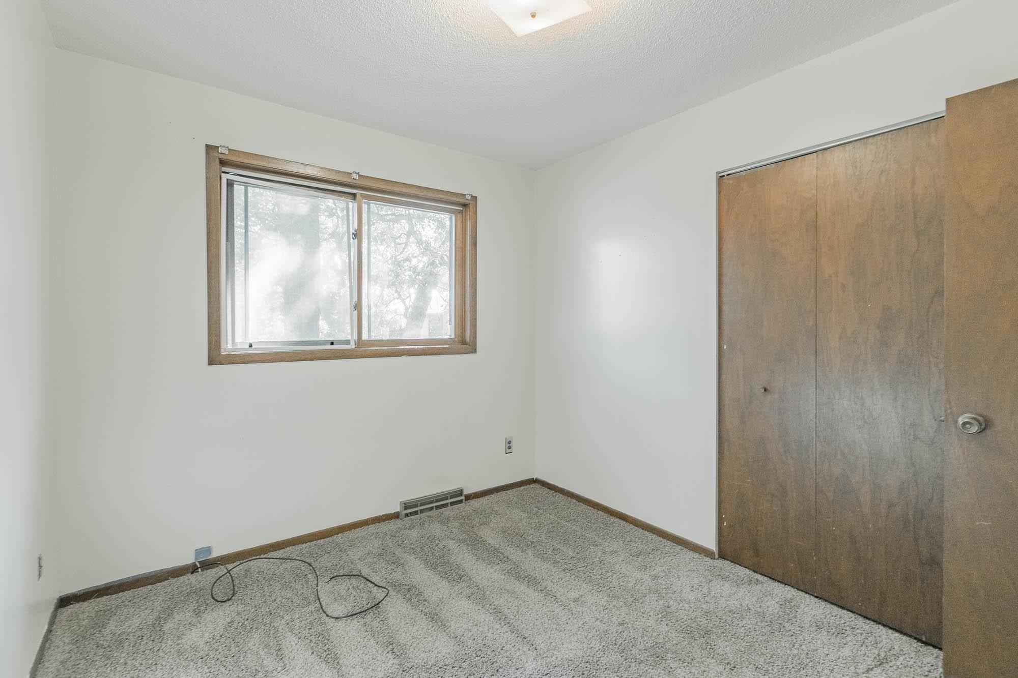 View 34 photos of this 4 bed, 2 bath, and 1,600 sqft. single_family home located at 39486 Ash Ct, North Branch, Minnesota 55056 is Active for $243,900.
