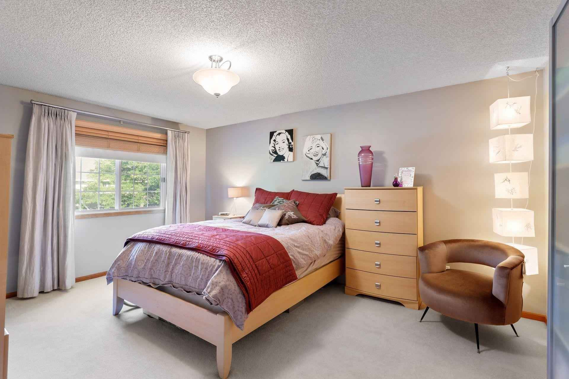 View 30 photos of this 2 bed, 2 bath, and 1,226 sqft. condo home located at 13604 Carmody Dr, Eden Prairie, Minnesota 55344 is Active for $220,000.