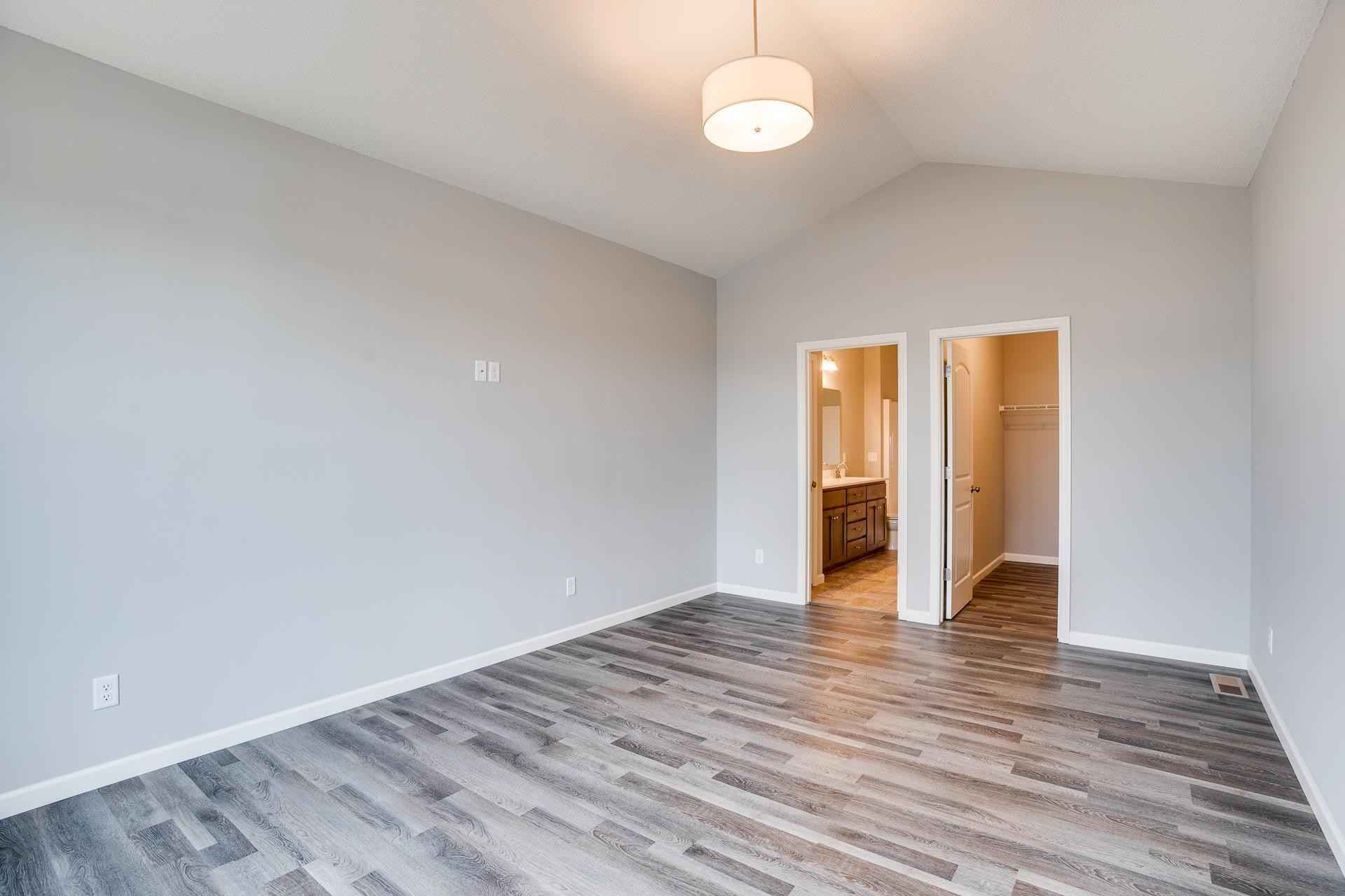 View 28 photos of this 3 bed, 2 bath, and 1,786 sqft. condo home located at 6650 92nd St S, Cottage Grove, Minnesota 55016 is Active for $479,900.