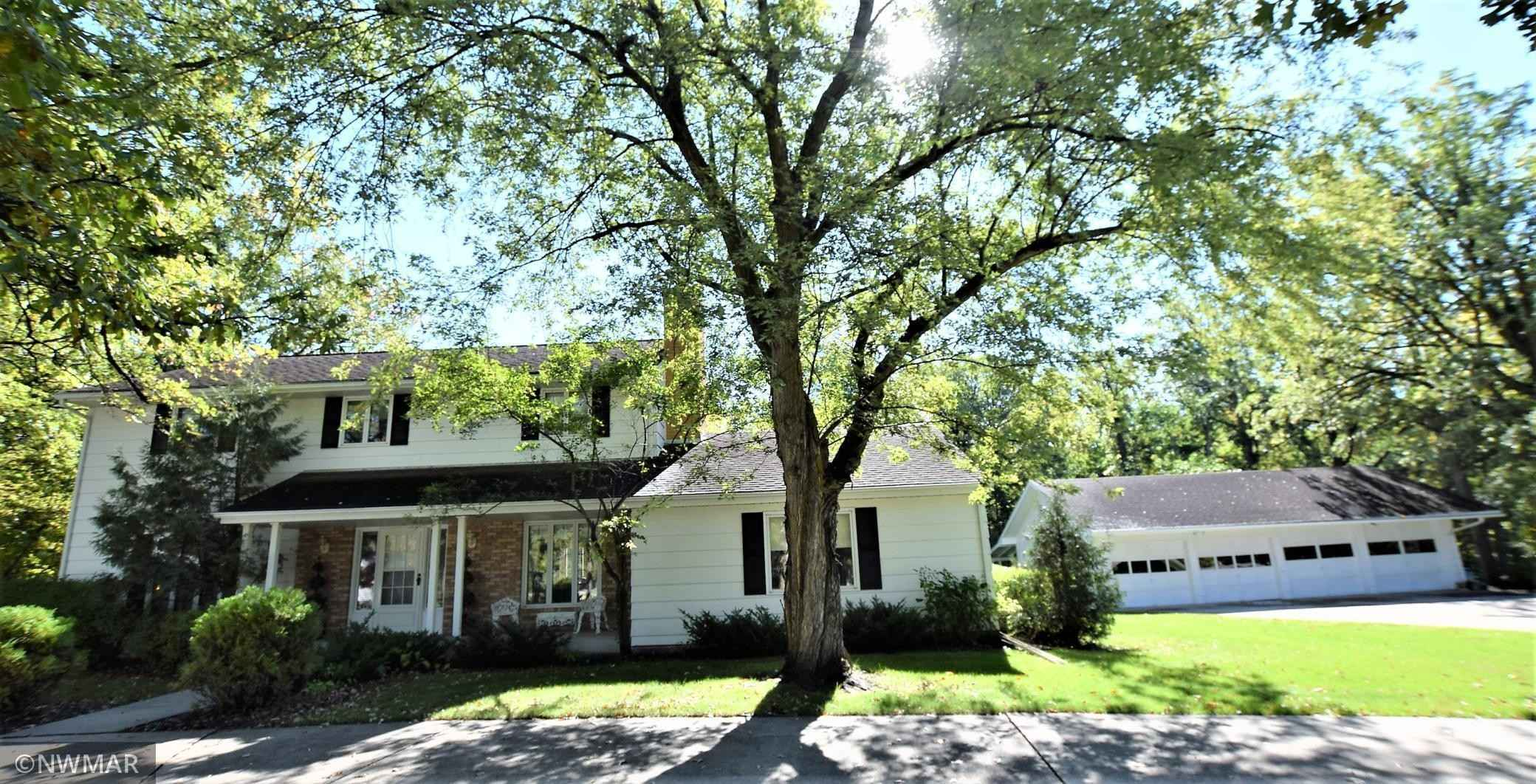 View 9 photos of this 5 bed, 3 bath, and 2,780 sqft. single_family home located at 814 11th Ave SE, Roseau, Minnesota 56751 is Active for $319,900.