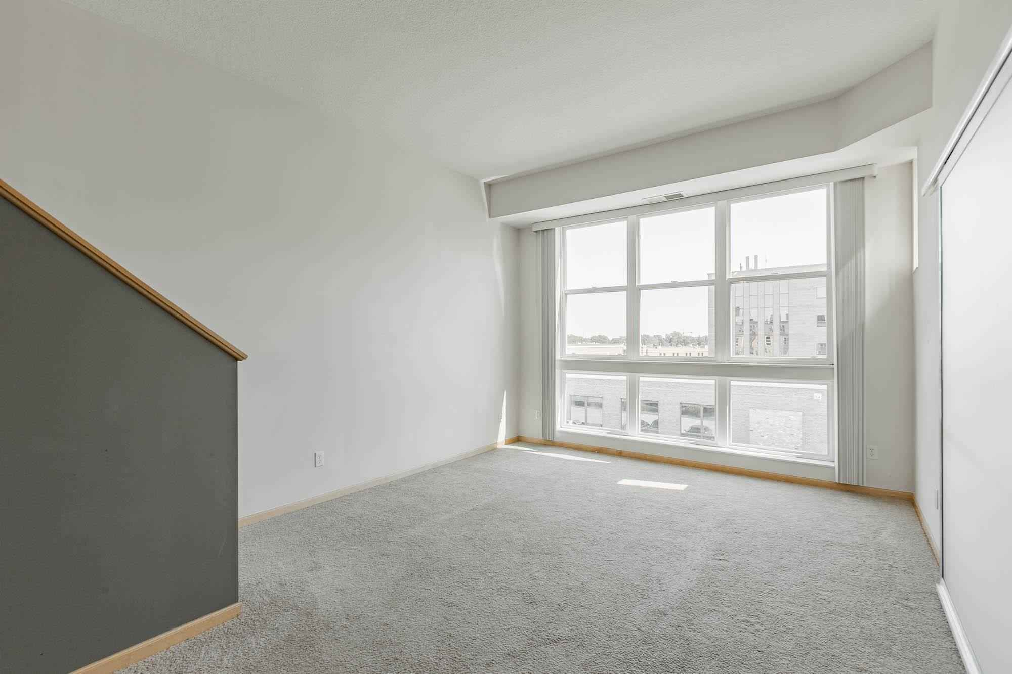 View 32 photos of this 1 bed, 2 bath, and 1,266 sqft. condo home located at 2650 University Ave W Apt 307, Saint Paul, Minnesota 55114 is Active for $330,900.