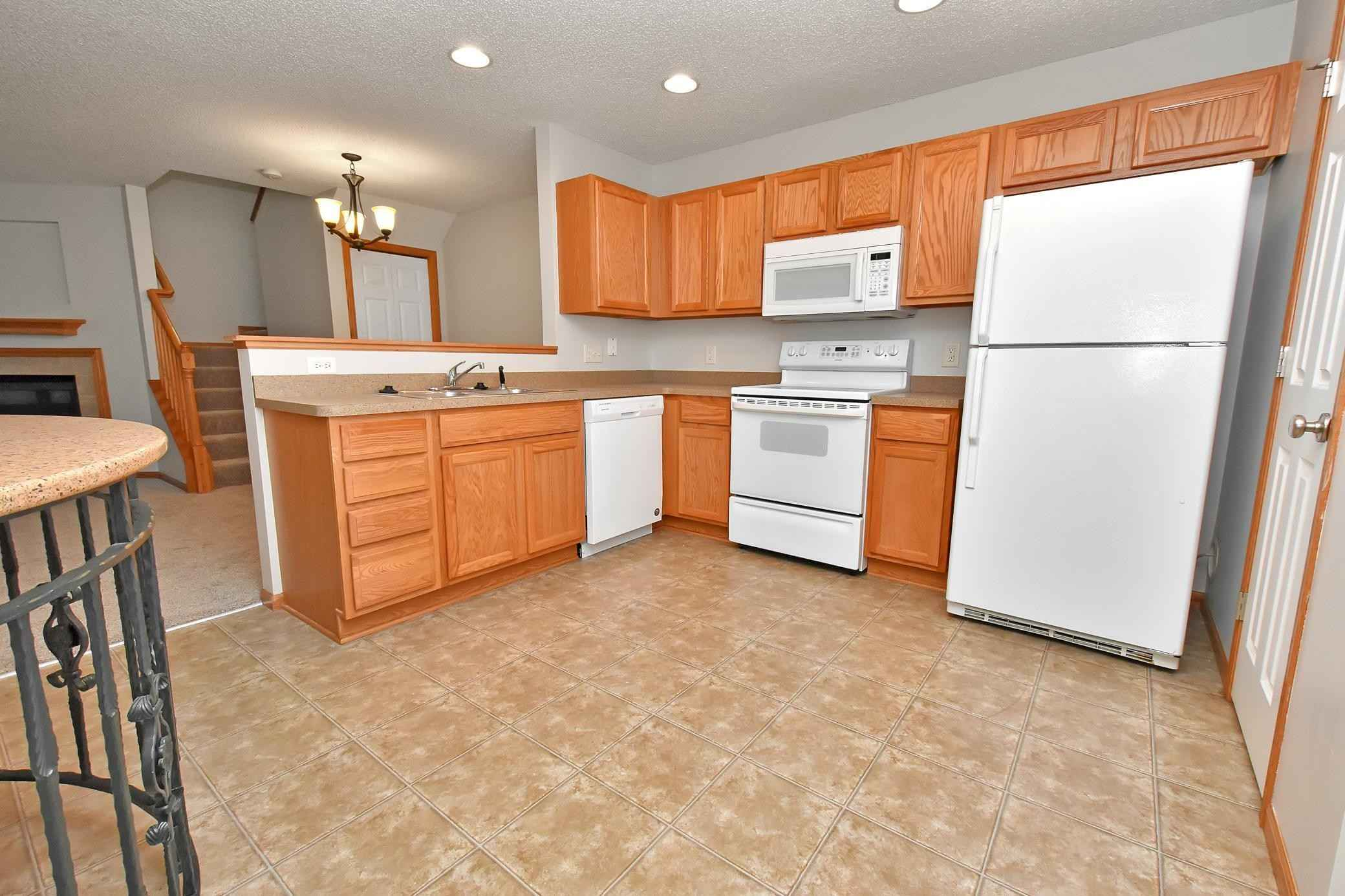 View 22 photos of this 2 bed, 2 bath, and 1,316 sqft. condo home located at 5045 149th St N Unit 3, Hugo, Minnesota 55038 is Active for $225,000.