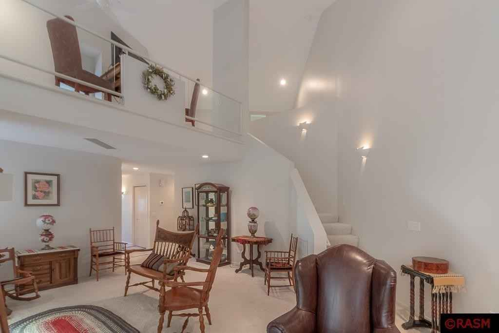 View 34 photos of this 2 bed, 2 bath, and 2,262 sqft. condo home located at 55 Cree Point Dr, Mankato, Minnesota 56001 is Active for $359,000.
