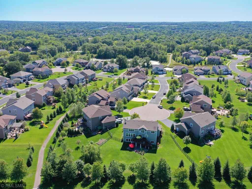 View 62 photos of this 5 bed, 5 bath, and 4,283 sqft. single_family home located at 3618 Woodcrest Cir, Eagan, Minnesota 55123 is Active for $825,000.
