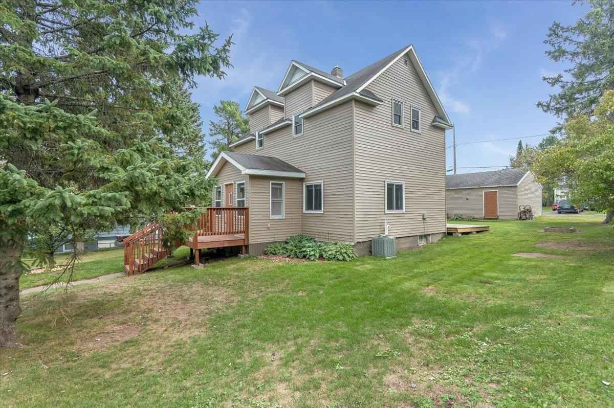 View 36 photos of this 4 bed, 2 bath, and 1,384 sqft. single_family home located at 830 2nd St, Proctor, Minnesota 55810 is Active for $199,000.