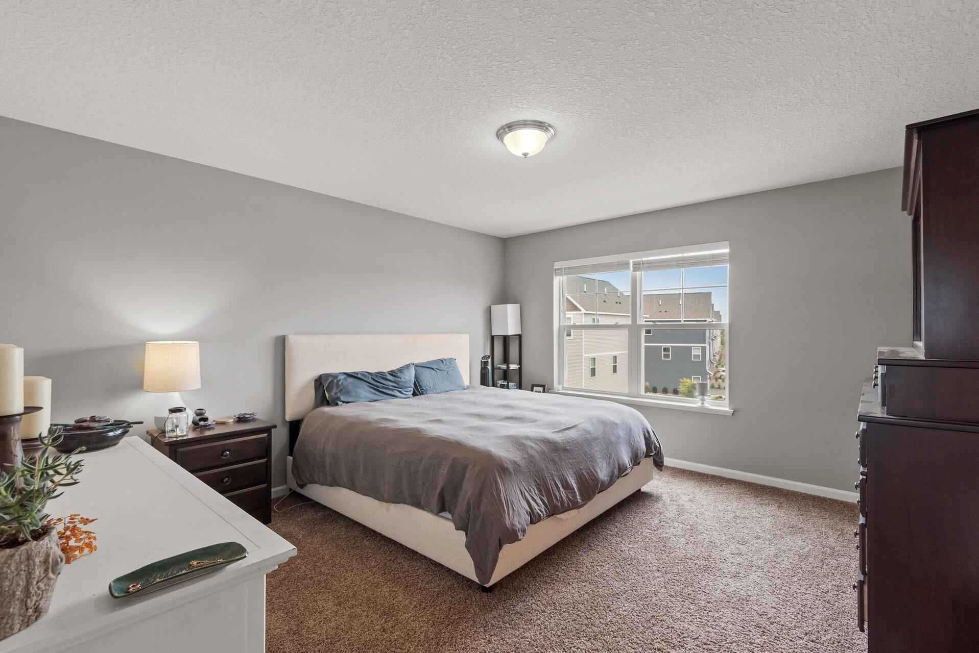 View 31 photos of this 2 bed, 4 bath, and 2,046 sqft. condo home located at 8761 Granite Ln, Woodbury, Minnesota 55129 is Pending for $359,900.