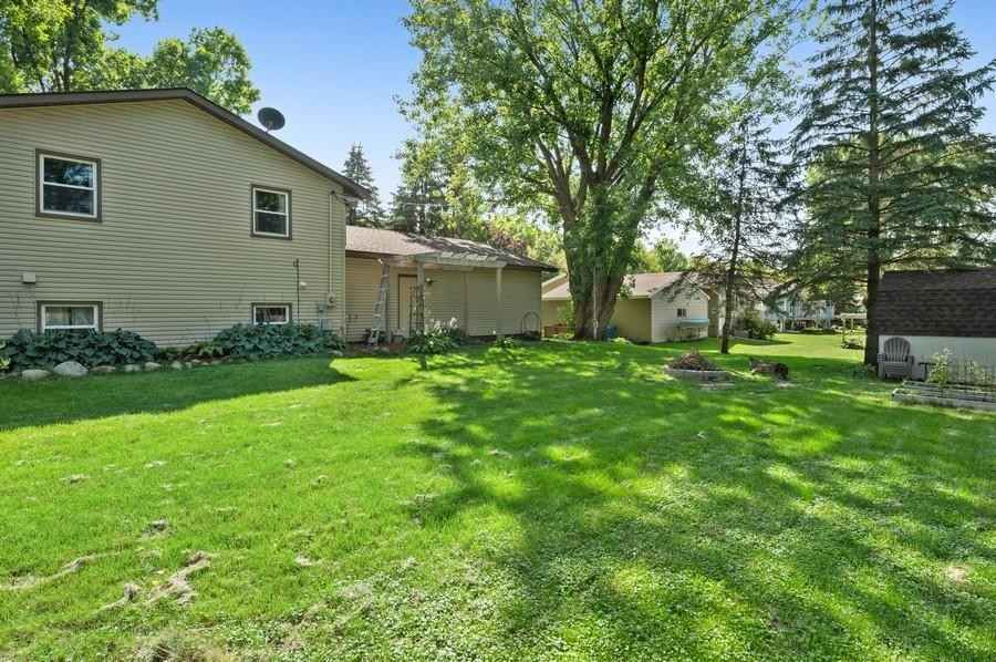 View 15 photos of this 4 bed, 2 bath, and 2,375 sqft. single_family home located at 4742 Sycamore Trl, Maple Plain, Minnesota 55359 is Active for $435,800.