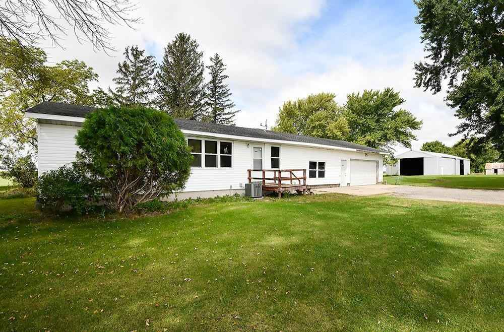 View 24 photos of this 3 bed, 1 bath, and 1,408 sqft. single_family home located at 4950 SW 81st St, Owatonna, Minnesota 55060 is Pending for $250,000.