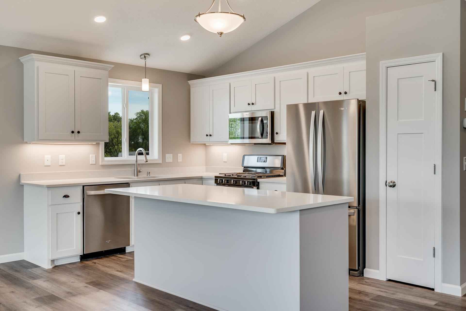 View 22 photos of this 3 bed, 2 bath, and 1,580 sqft. condo home located at 6646 92nd St S, Cottage Grove, Minnesota 55016 is Active for $434,900.