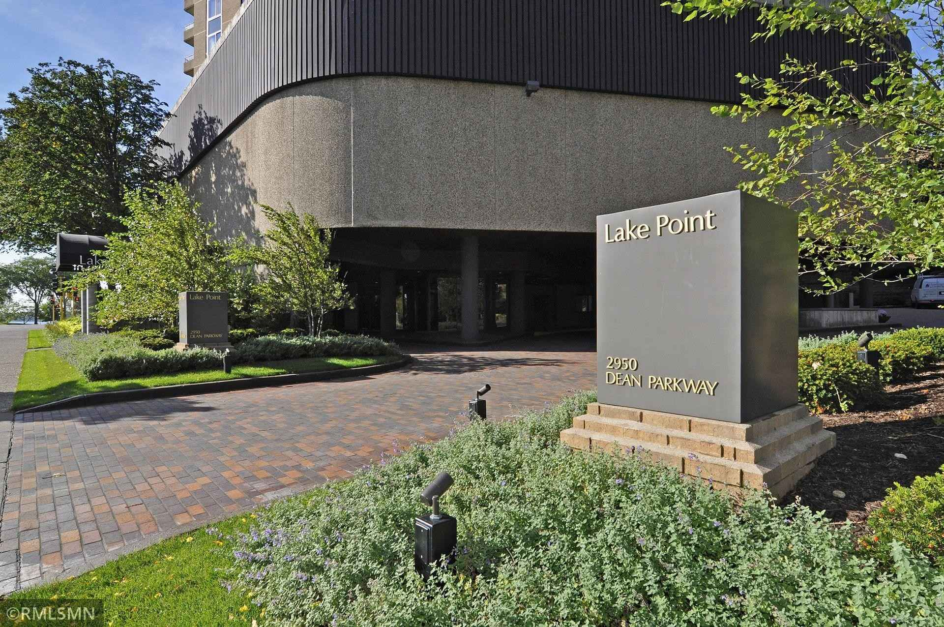View 68 photos of this 2 bed, 2 bath, and 1,500 sqft. condo home located at 2950 Dean Pkwy Apt 1503, Minneapolis, Minnesota 55416 is Active for $425,000.