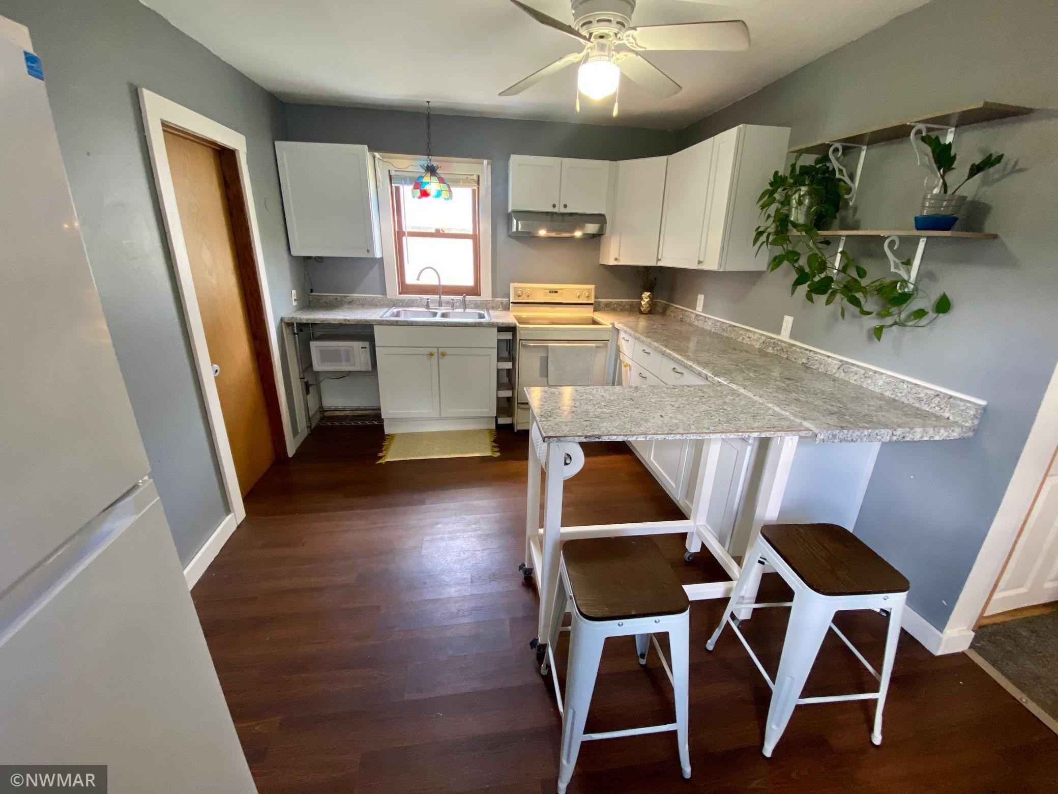 View 15 photos of this 2 bed, 1 bath, and 1,088 sqft. single_family home located at 610 4th St NW, Bemidji, Minnesota 56601 is Pending for $104,900.