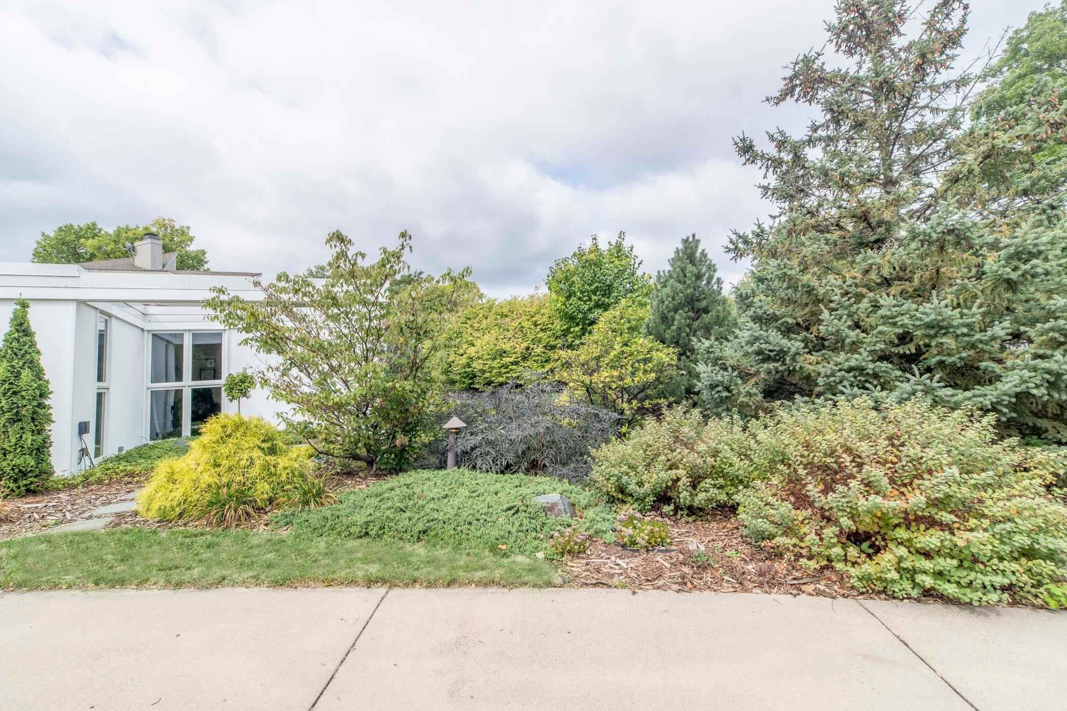 View 70 photos of this 3 bed, 2 bath, and 1,996 sqft. single_family home located at 4315 Tyrol Crst, Golden Valley, Minnesota 55416 is Active for $775,000.