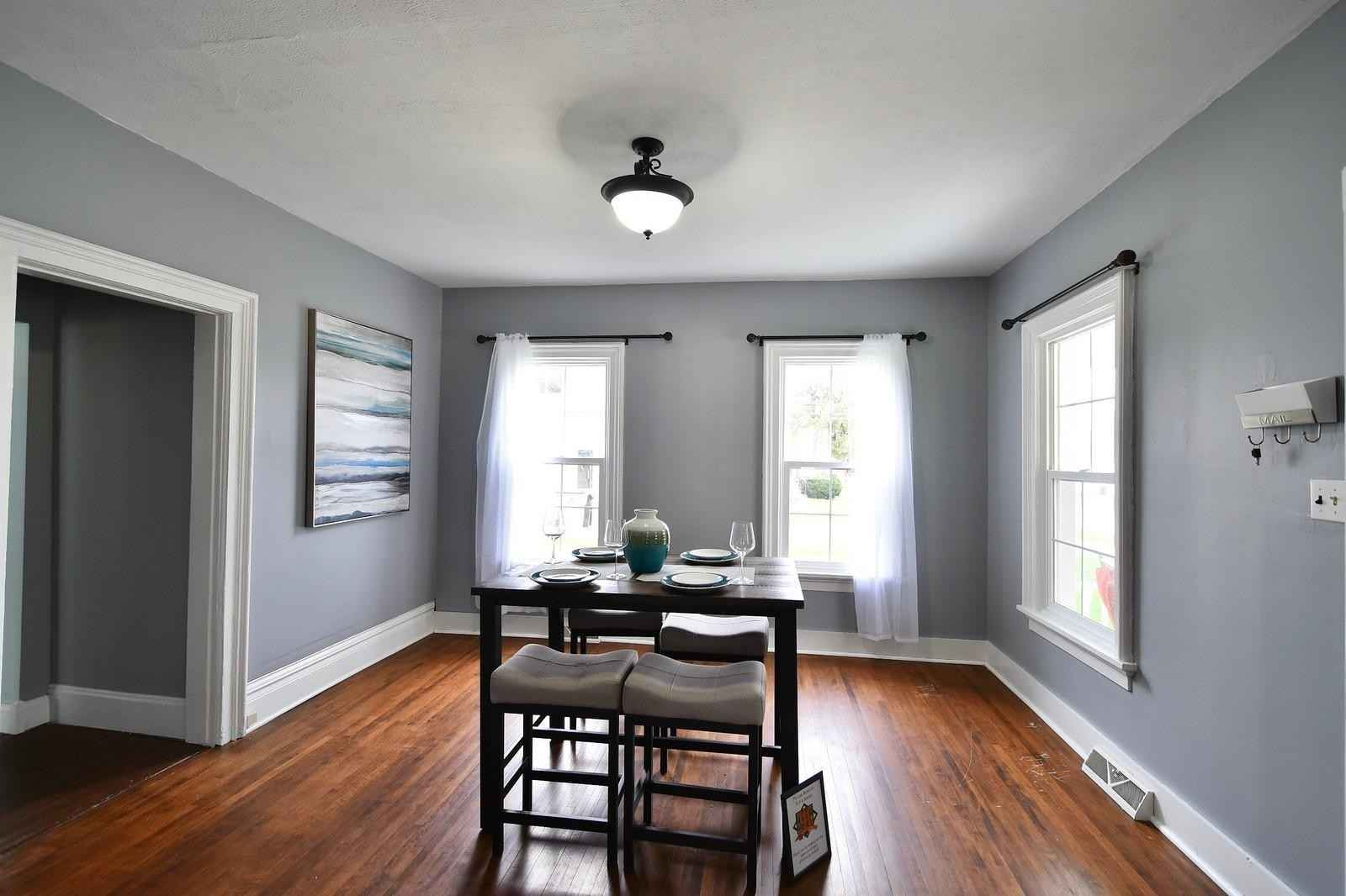 View 23 photos of this 2 bed, 2 bath, and 1,568 sqft. single_family home located at 362 Mill St, Zumbrota, Minnesota 55992 is Active for $210,000.