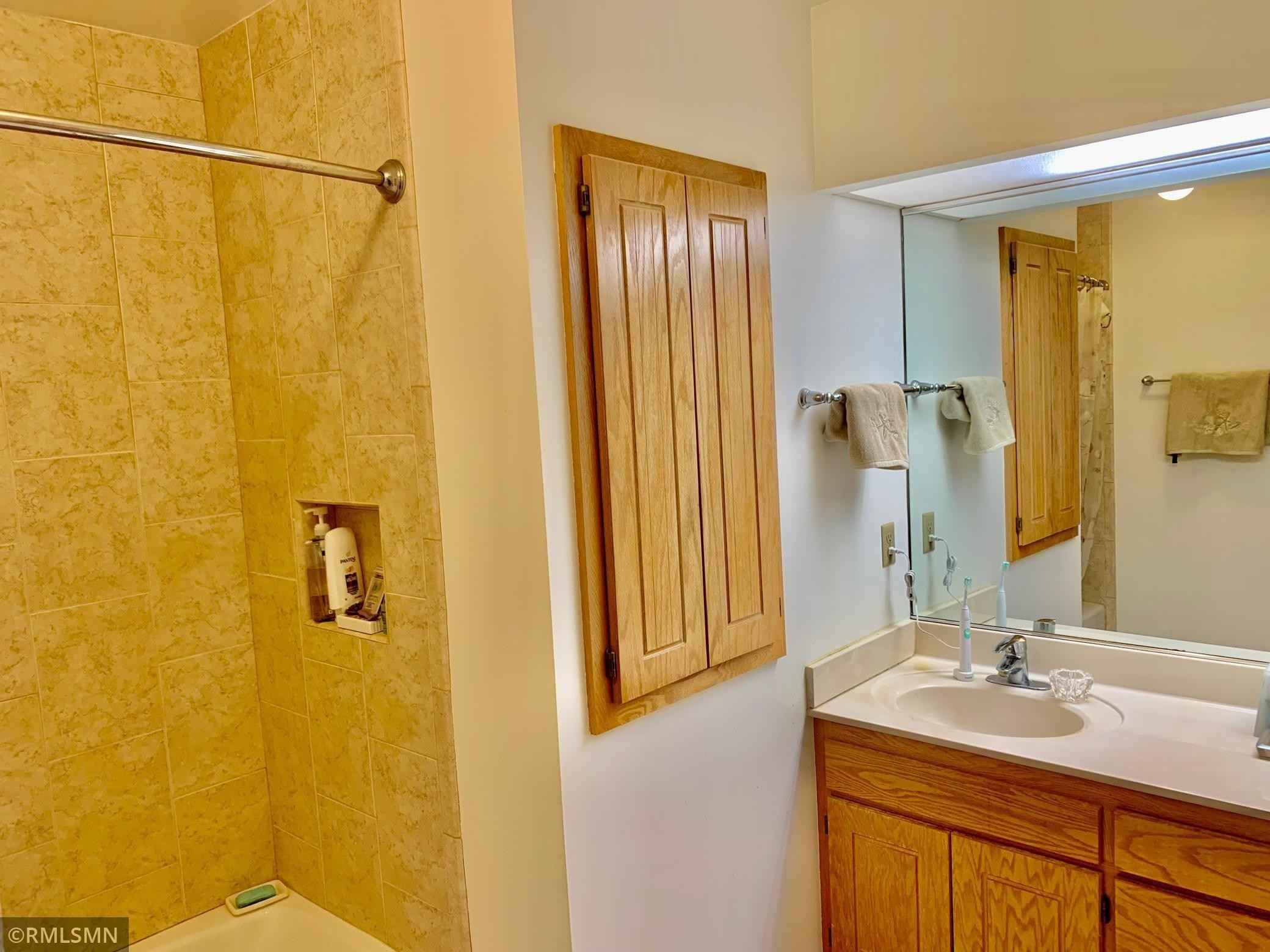 View 29 photos of this 4 bed, 2 bath, and 2,008 sqft. condo home located at 12827 Eastview Curv, Apple Valley, Minnesota 55124 is Active for $289,900.